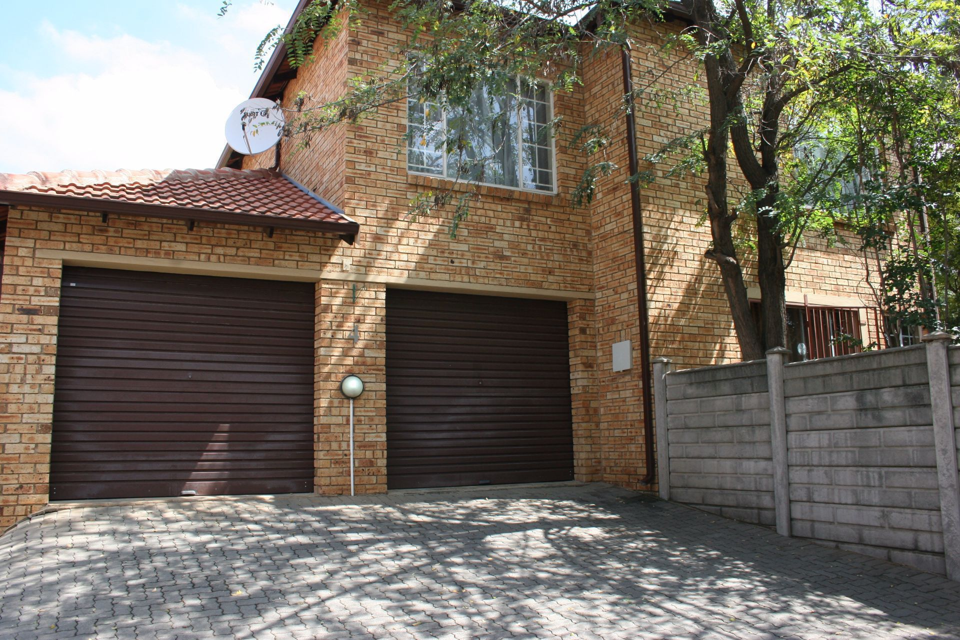 Randburg, Randpark Ridge Property  | Houses For Sale Randpark Ridge, RANDPARK RIDGE, Duplex 3 bedrooms property for sale Price:1,210,000