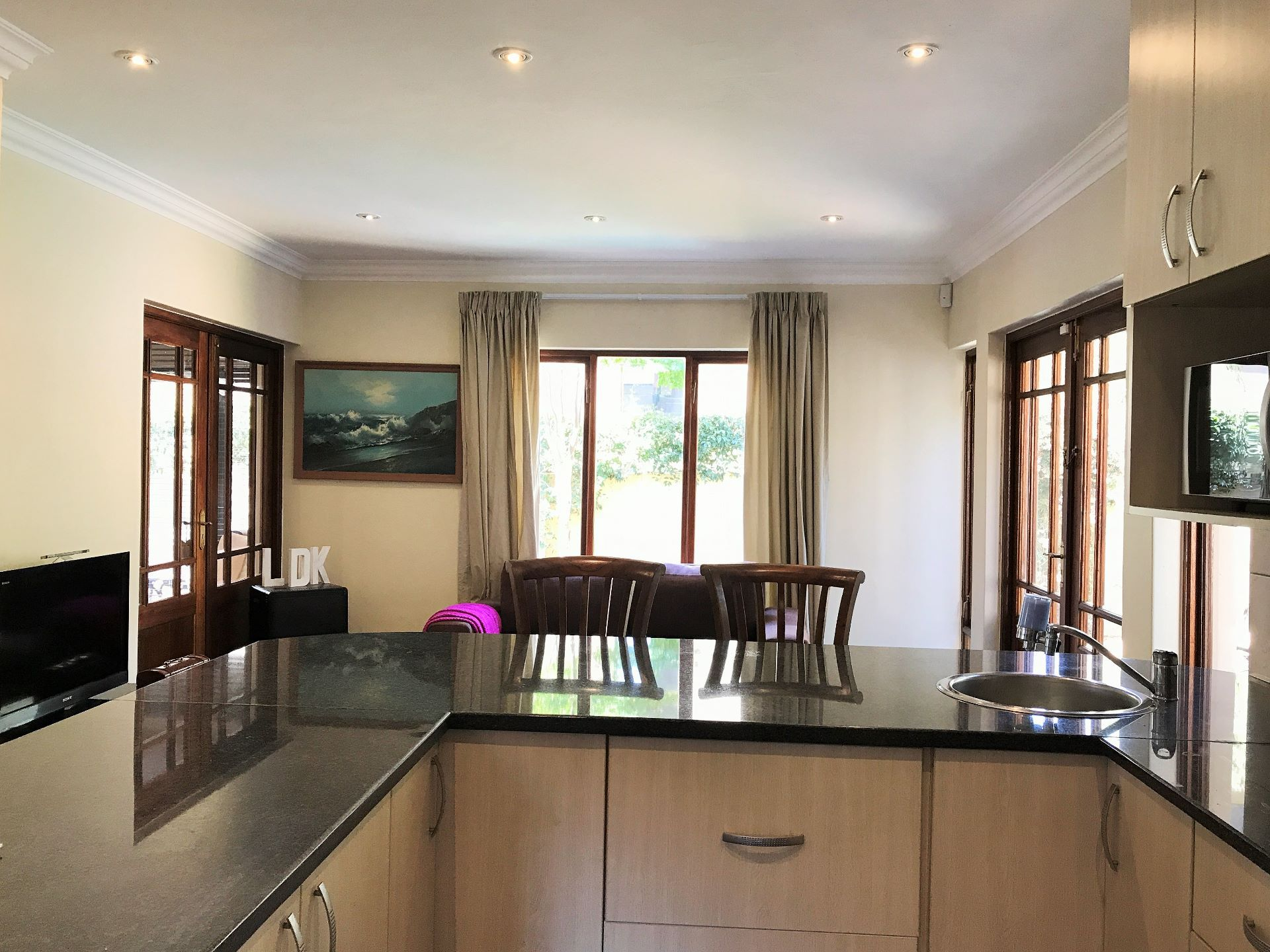 Honeydew Ridge property for sale. Ref No: 13518143. Picture no 9