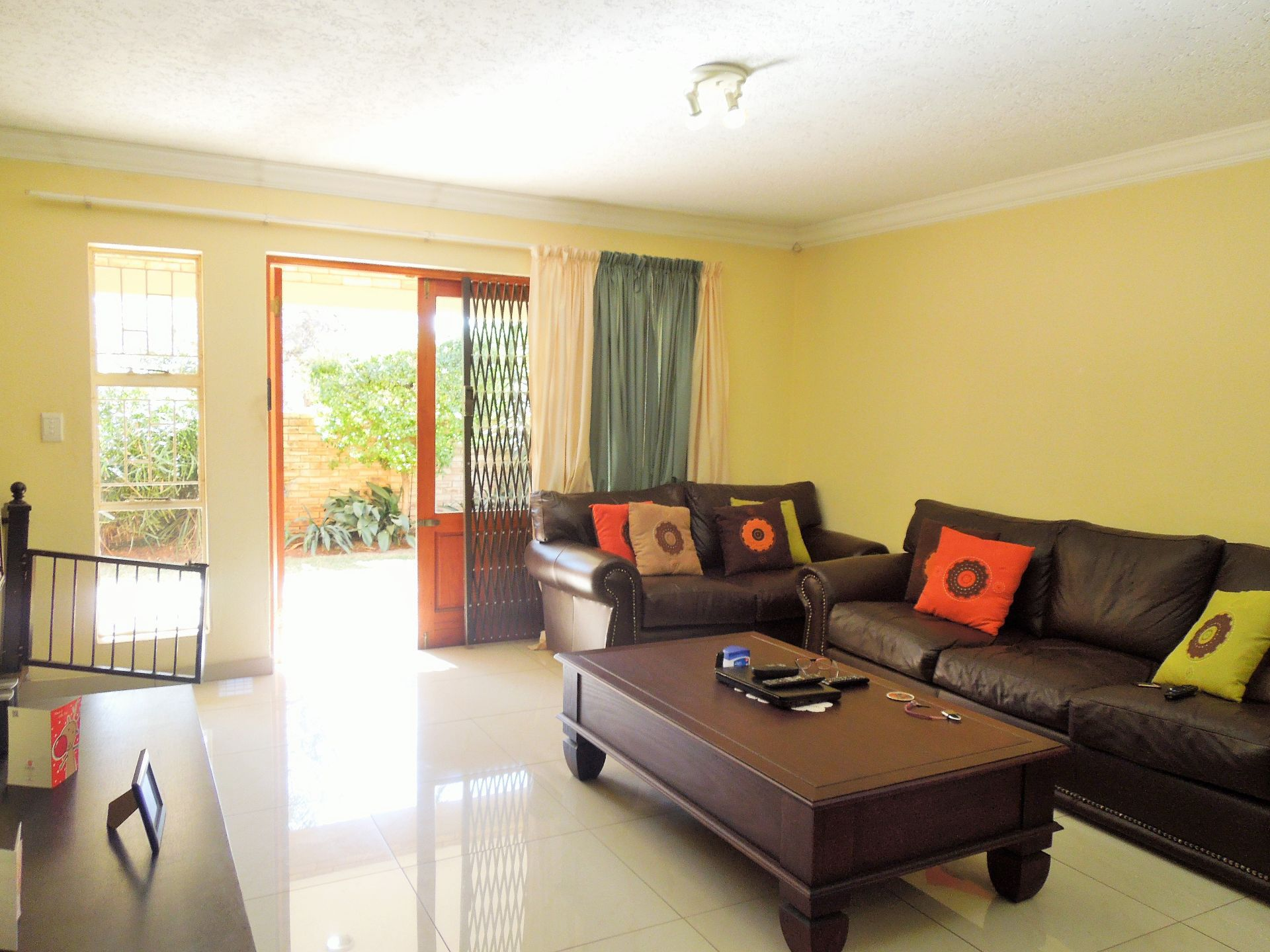 Willowbrook property for sale. Ref No: 13523453. Picture no 10