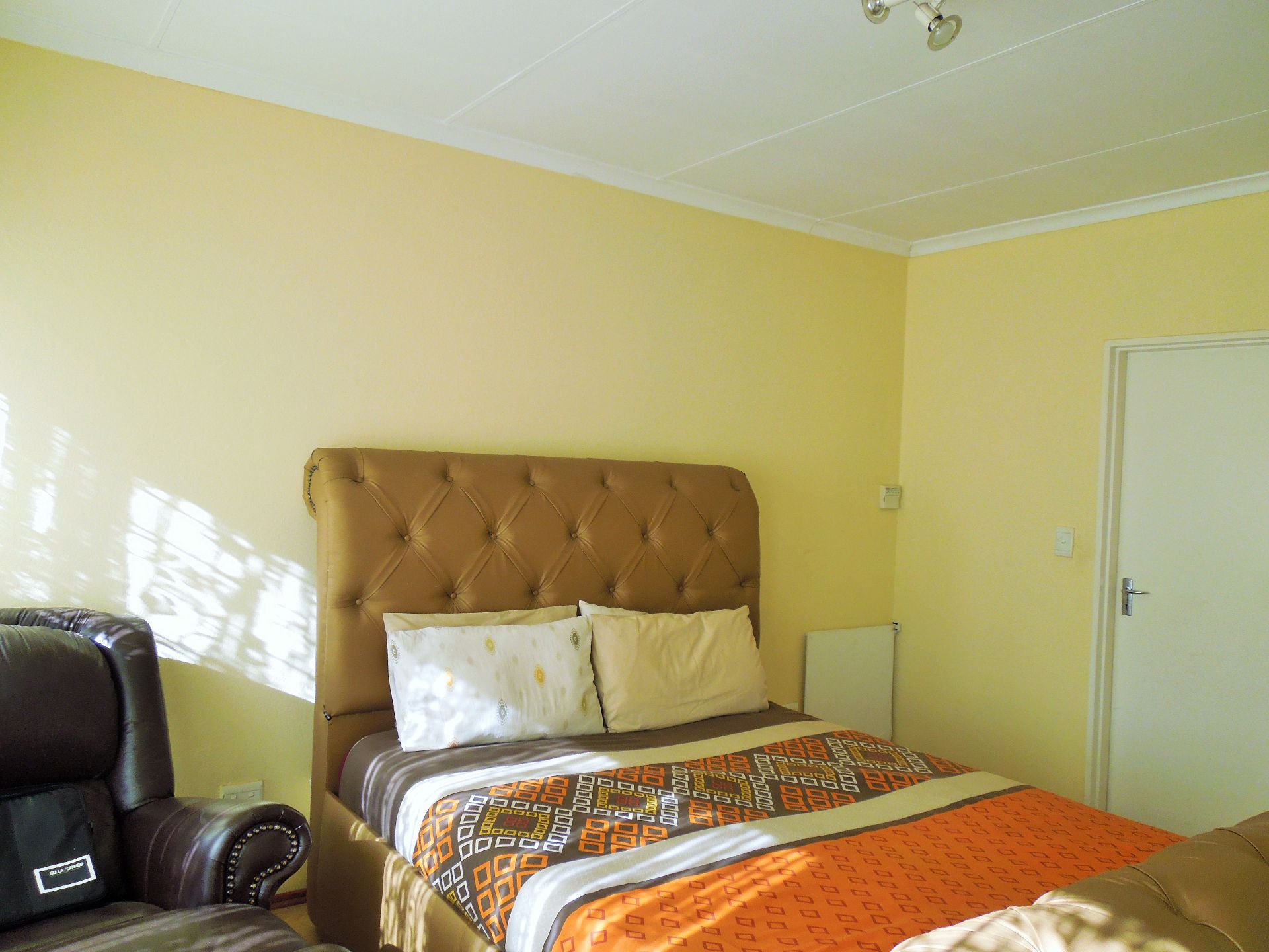 Willowbrook property for sale. Ref No: 13523453. Picture no 13