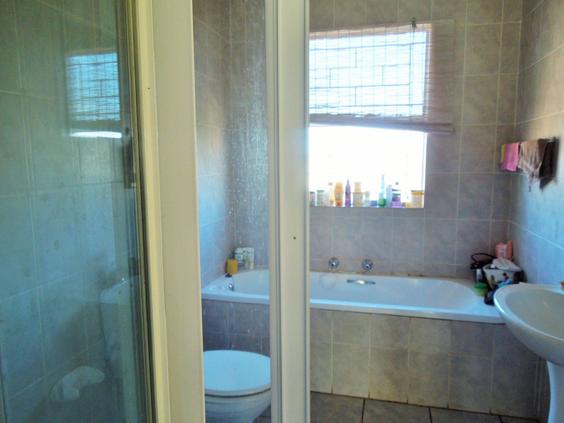 Willowbrook property for sale. Ref No: 13523453. Picture no 14