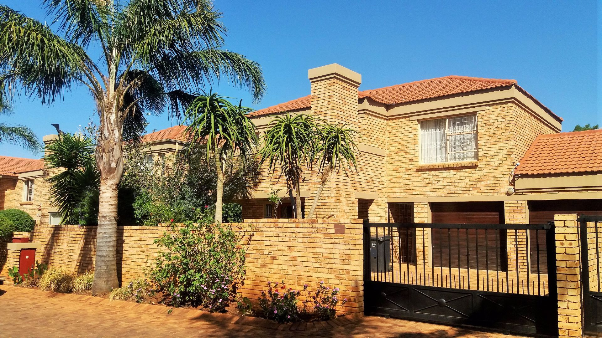 Roodepoort, Willowbrook Property  | Houses For Sale Willowbrook, WILLOWBROOK, Duplex 3 bedrooms property for sale Price:1,350,000