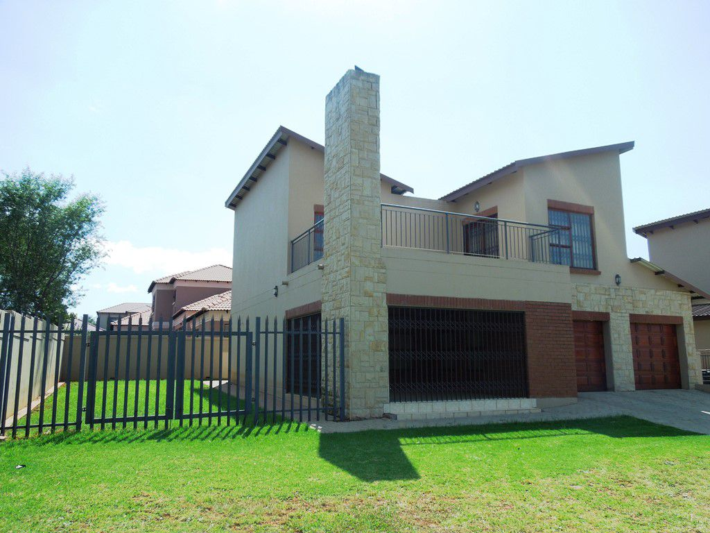 Roodepoort, Willowbrook Property  | Houses To Rent Willowbrook, WILLOWBROOK, House 3 bedrooms property to rent Price:, 14,00*