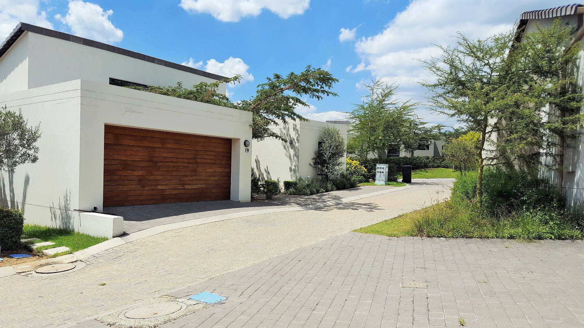 Roodepoort, Jackal Creek Golf Estate Property  | Houses For Sale Jackal Creek Golf Estate, JACKAL CREEK GOLF ESTATE, House 3 bedrooms property for sale Price:2,150,000