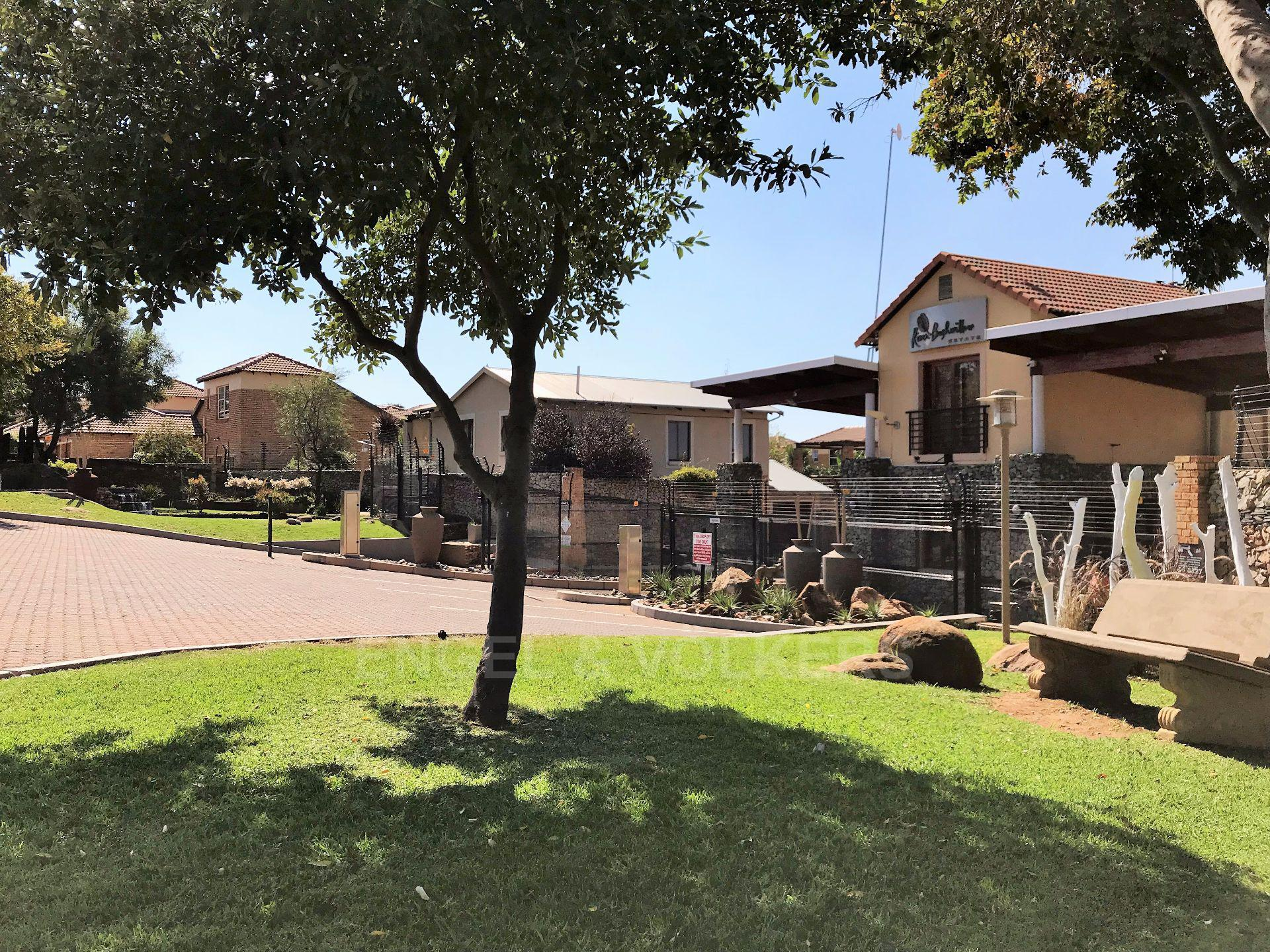 Roodepoort, Willowbrook Property  | Houses To Rent Willowbrook, WILLOWBROOK, Apartment 2 bedrooms property to rent Price:,  6,00*