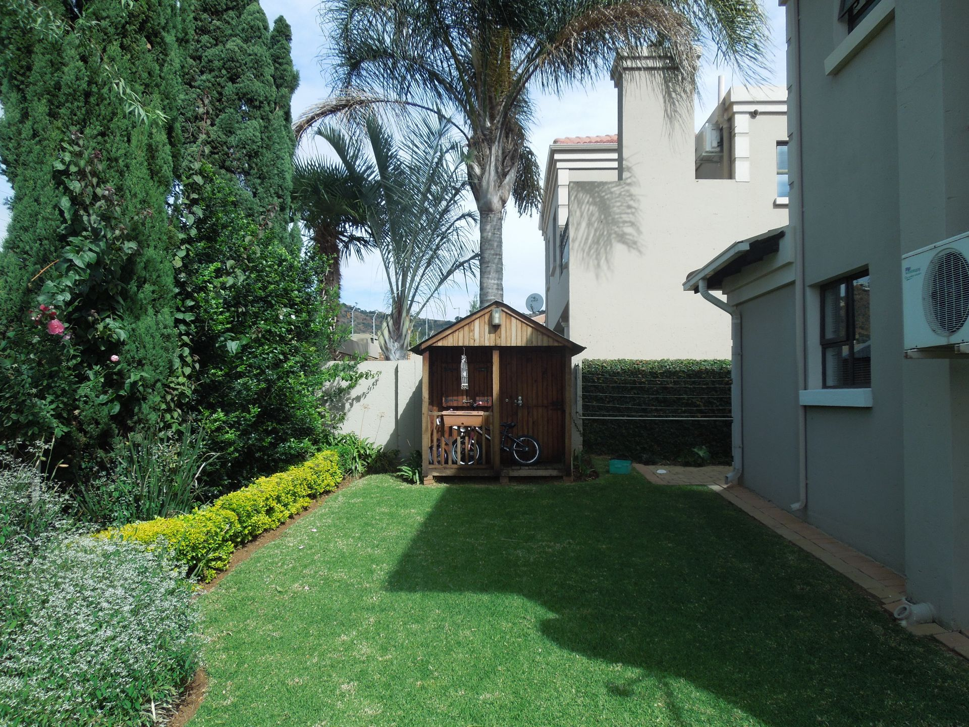 Ruimsig property to rent. Ref No: 13624038. Picture no 17