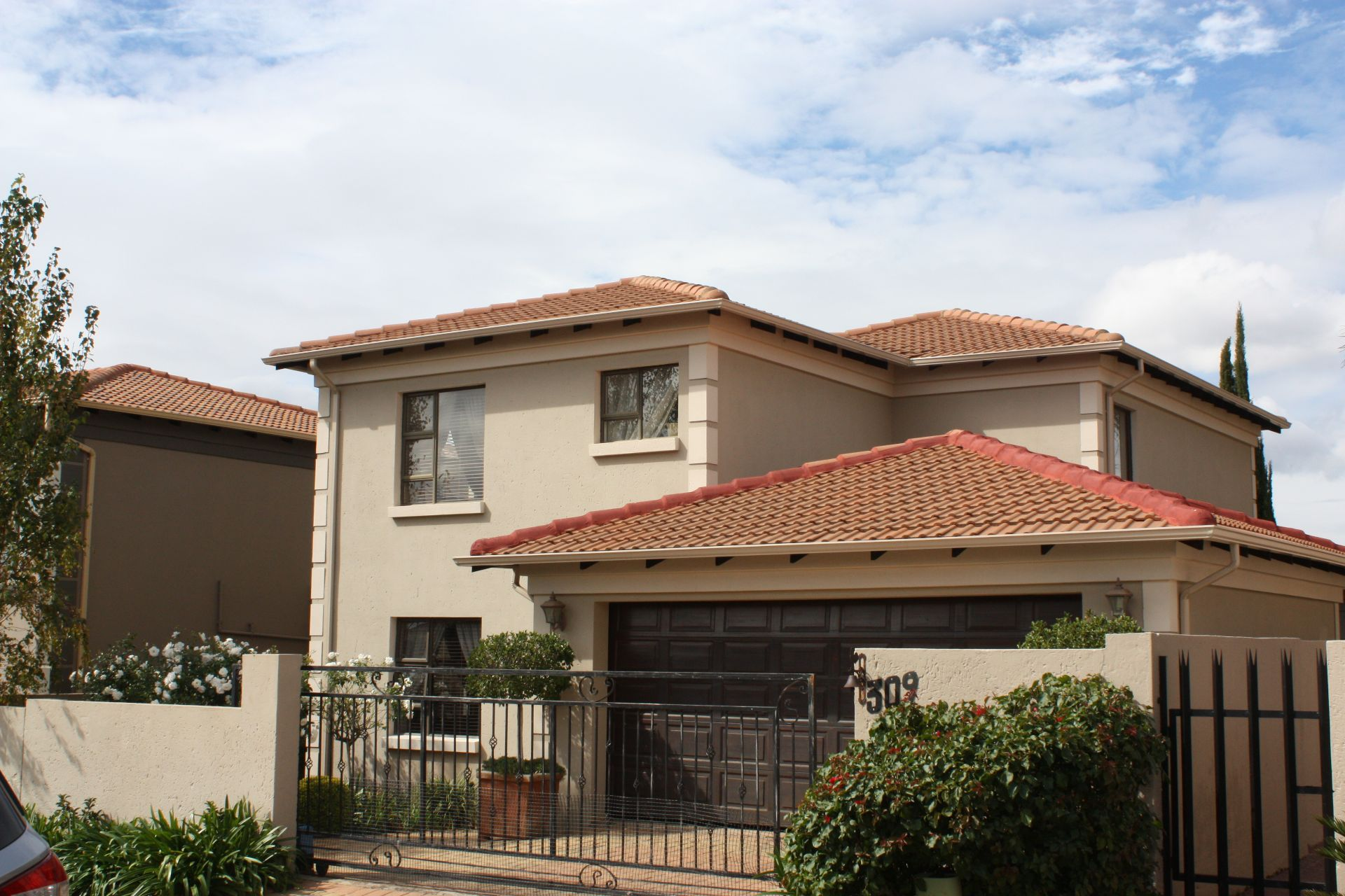 Ruimsig property to rent. Ref No: 13624038. Picture no 1