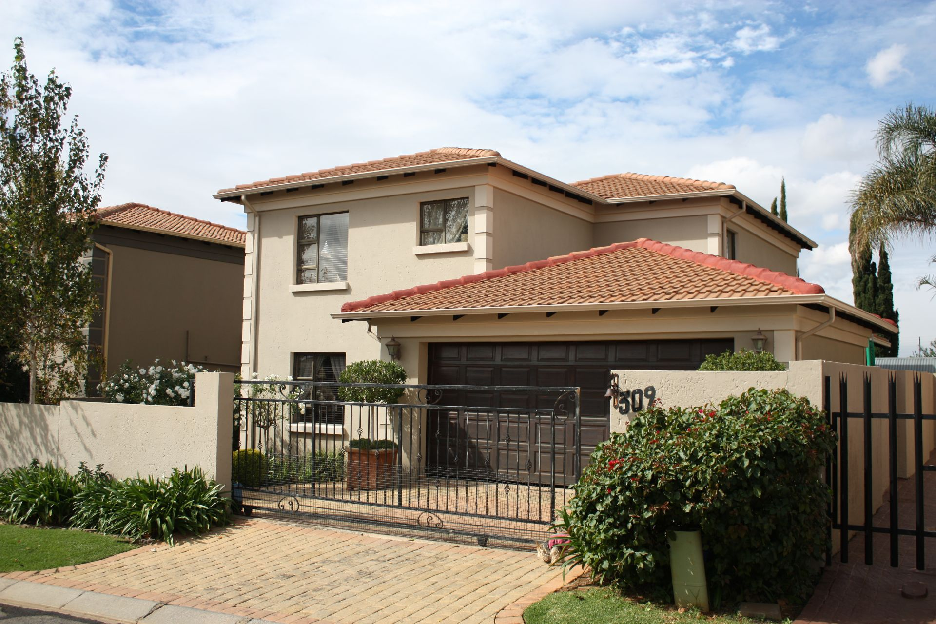 Ruimsig property to rent. Ref No: 13624038. Picture no 19