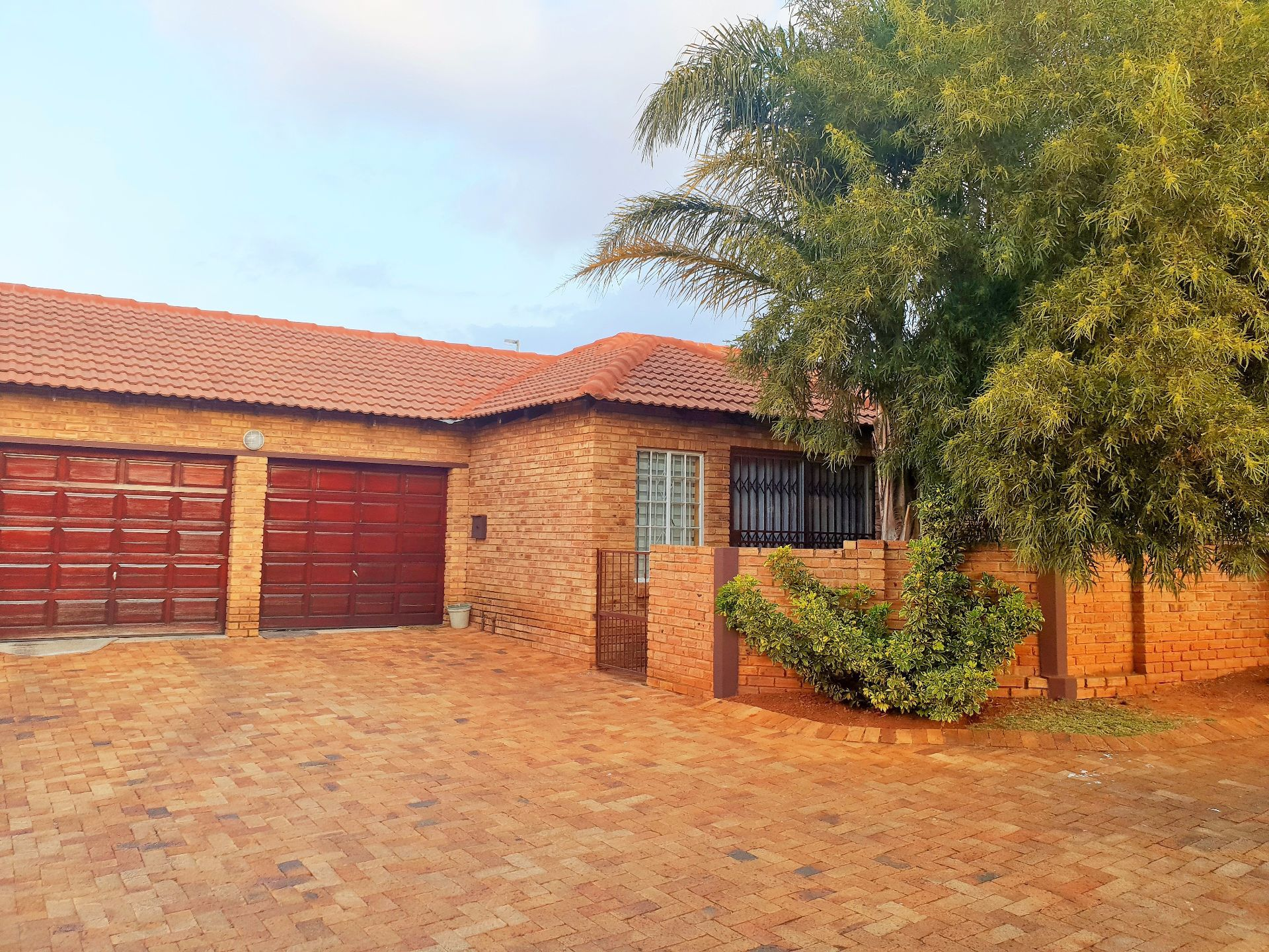 Roodepoort, Willowbrook Property  | Houses For Sale Willowbrook, WILLOWBROOK, Simplex 3 bedrooms property for sale Price:1,190,000