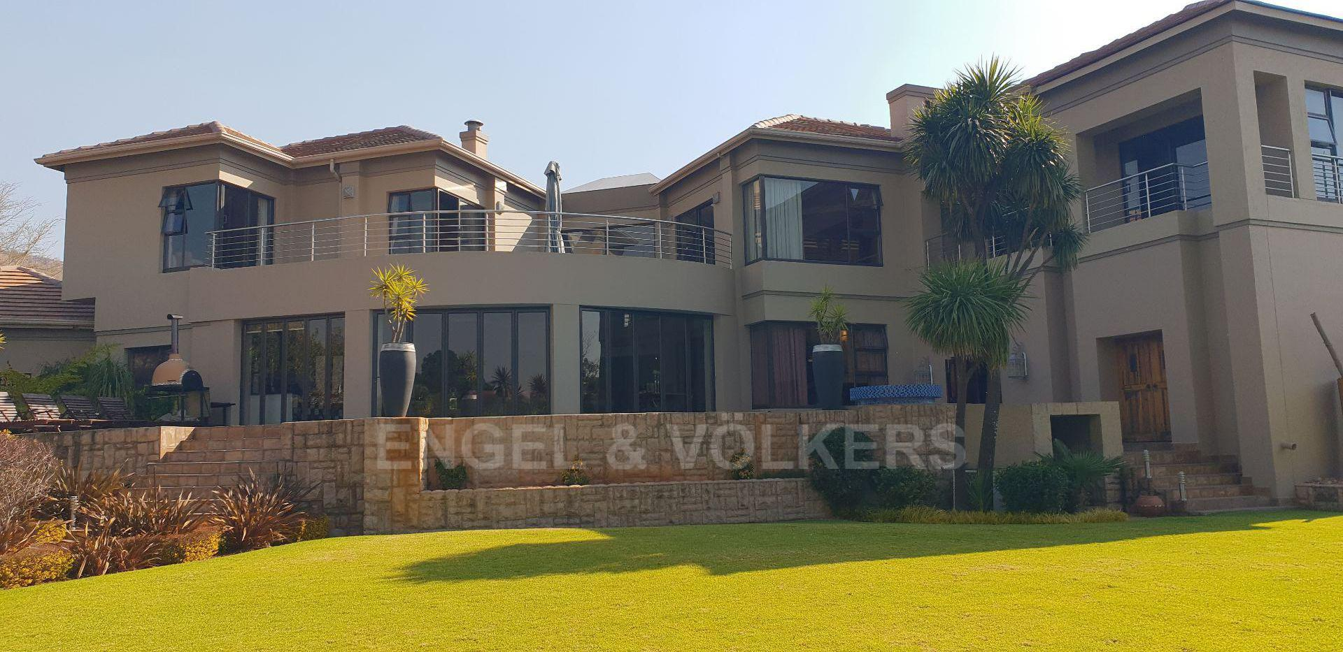 Krugersdorp, Featherbrooke Estate Property  | Houses For Sale Featherbrooke Estate, FEATHERBROOKE ESTATE, House 4 bedrooms property for sale Price:10,500,000