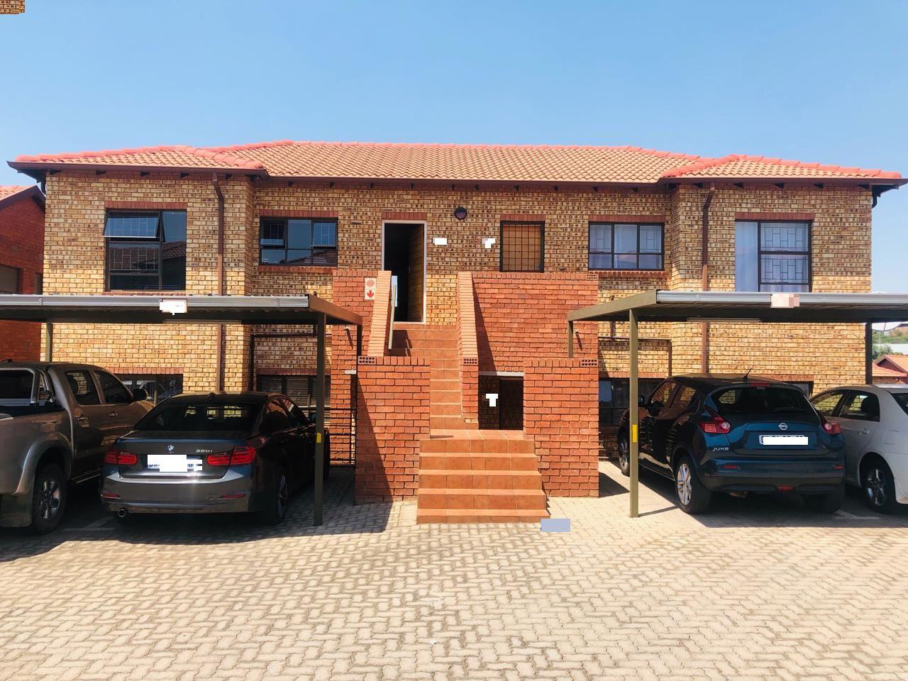 Roodepoort, Weltevreden Park Property  | Houses For Sale Weltevreden Park, WELTEVREDEN PARK, Apartment 2 bedrooms property for sale Price:925,000