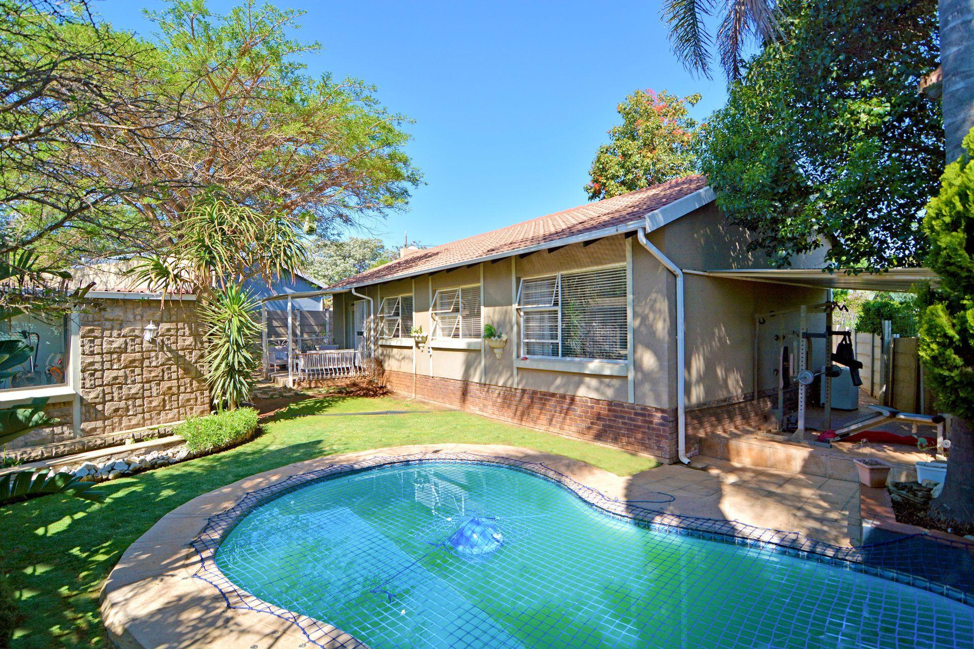 Roodepoort, Weltevreden Park Property  | Houses For Sale Weltevreden Park, WELTEVREDEN PARK, House 3 bedrooms property for sale Price:1,450,000