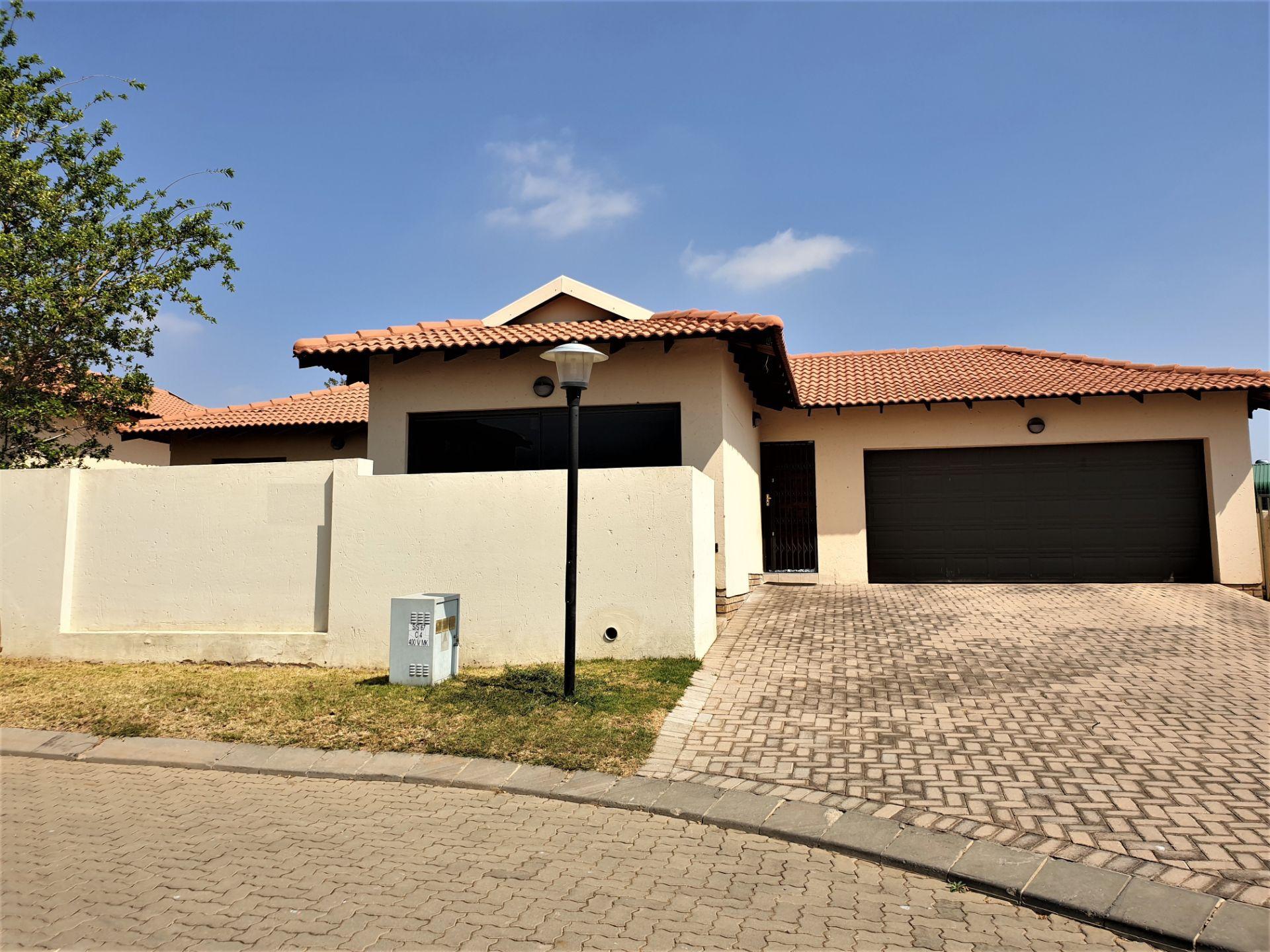 , House, 4 Bedrooms - ZAR 1,399,999
