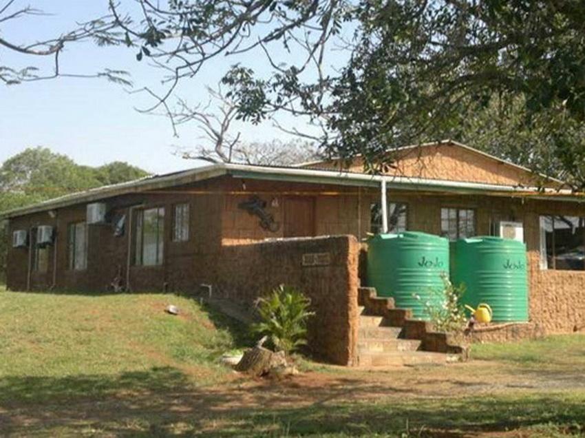 Hluhluwe, Hluhluwe Property  | Houses For Sale Hluhluwe, HLUHLUWE, Farms 5 bedrooms property for sale Price:1,650,000