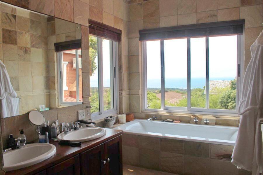 Durban North property for sale. Ref No: 13361392. Picture no 9