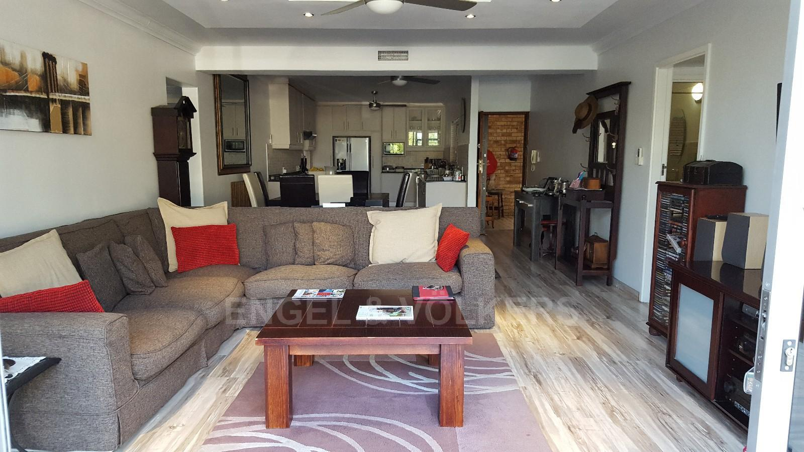 Umhlanga Rocks property for sale. Ref No: 13361380. Picture no 8