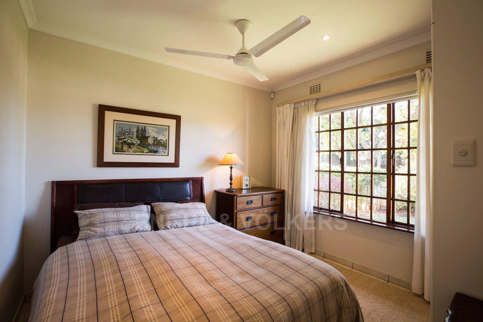 La Lucia property for sale. Ref No: 13371241. Picture no 12