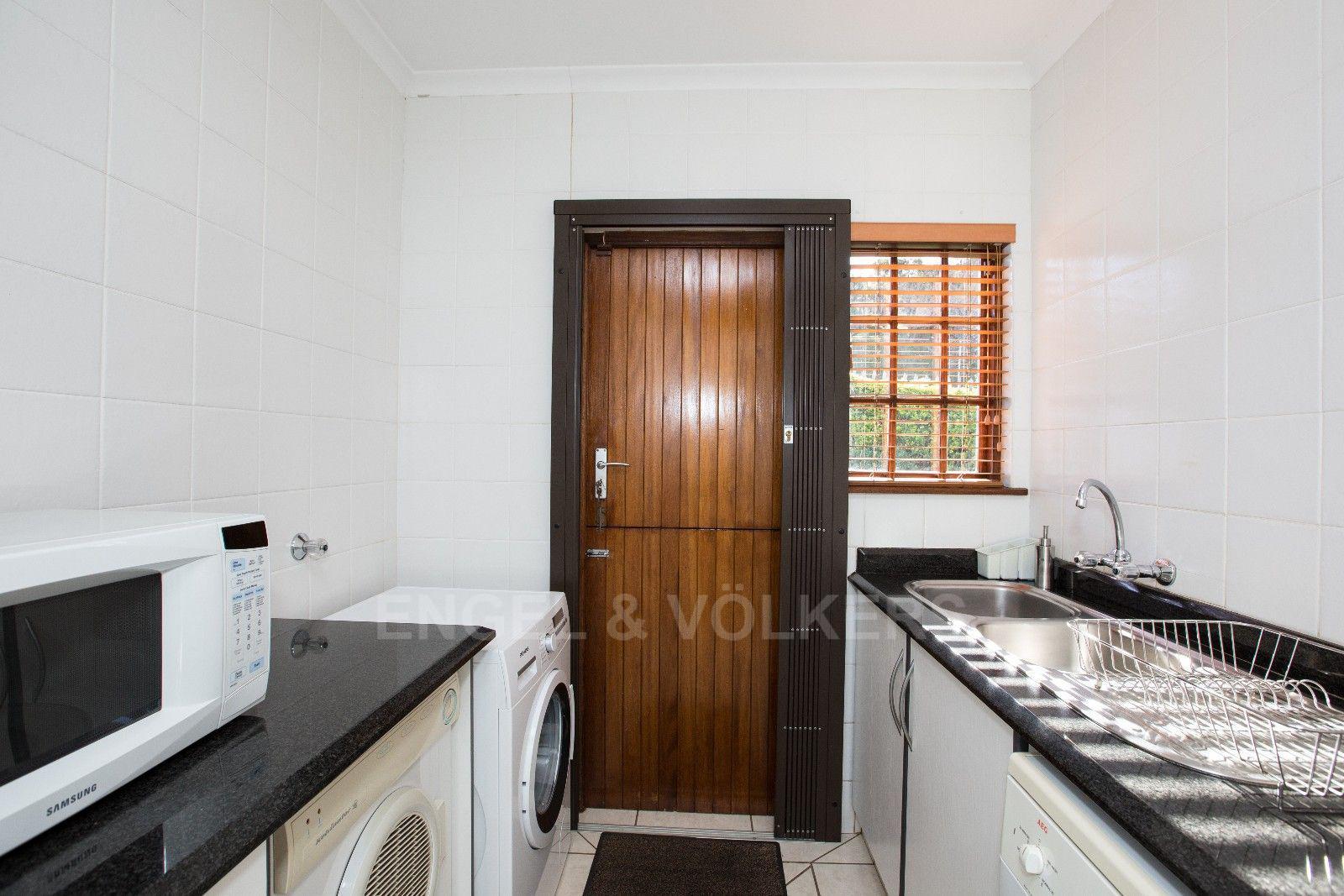 La Lucia property for sale. Ref No: 13371241. Picture no 5
