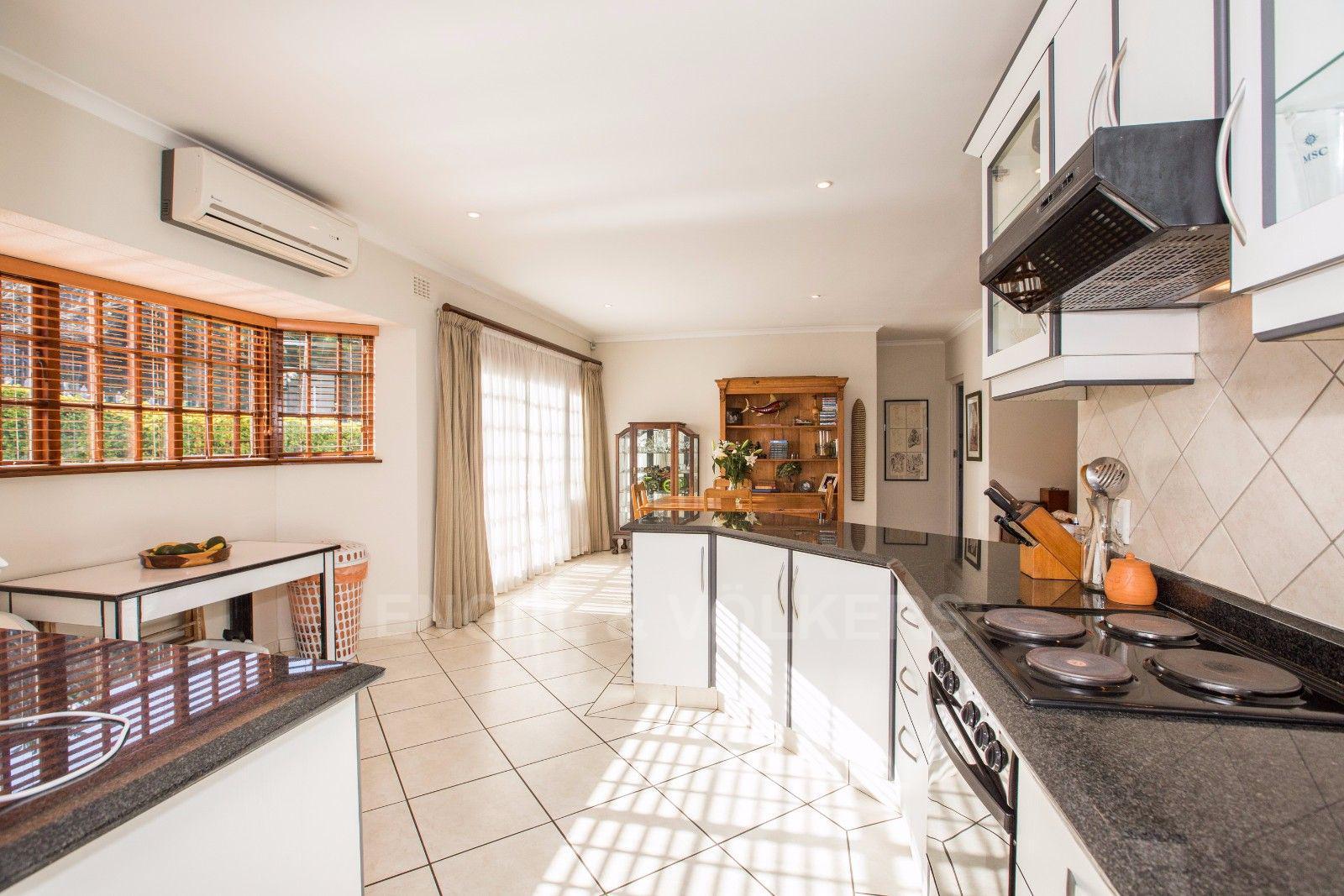 La Lucia property for sale. Ref No: 13371241. Picture no 4