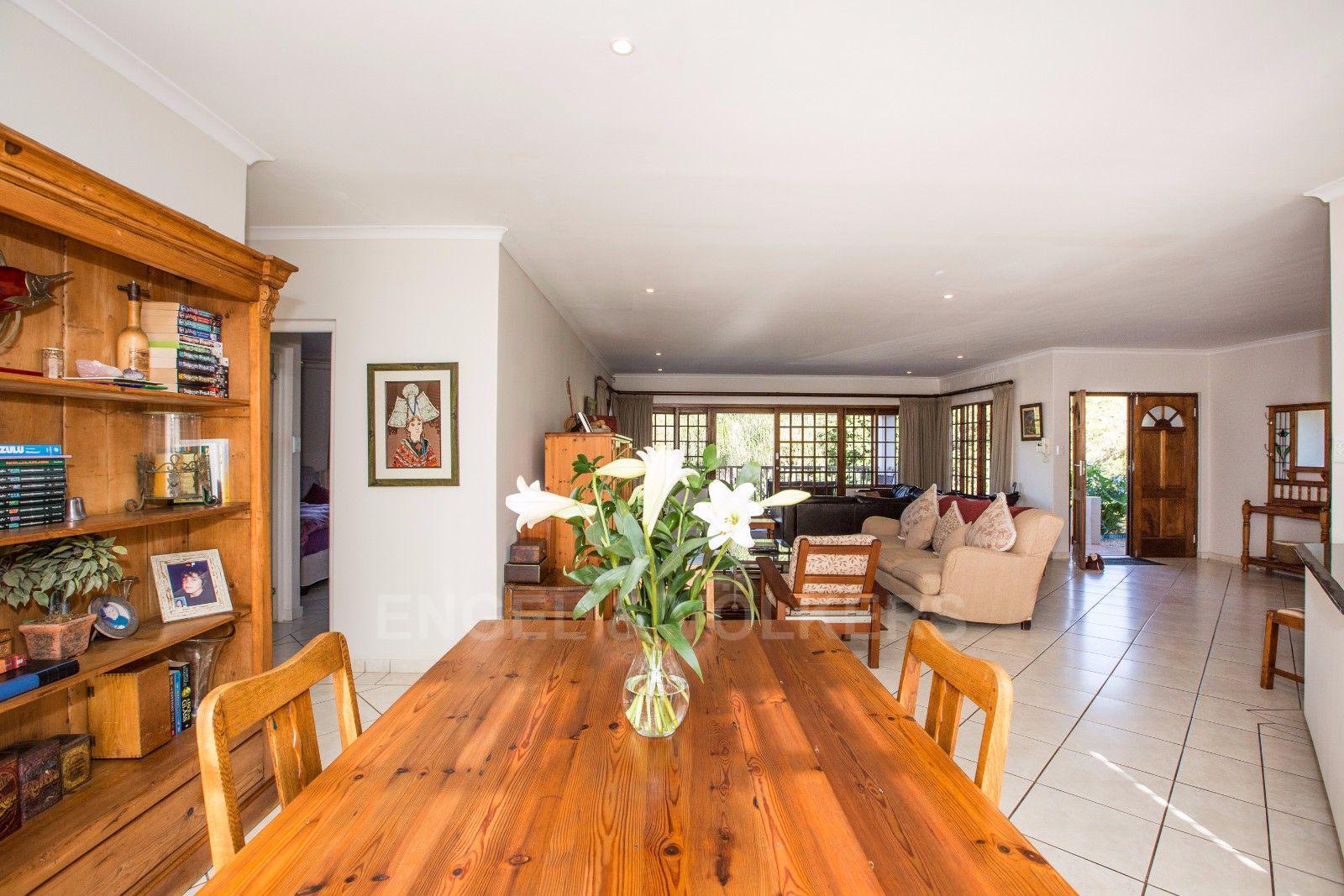 La Lucia property for sale. Ref No: 13371241. Picture no 7