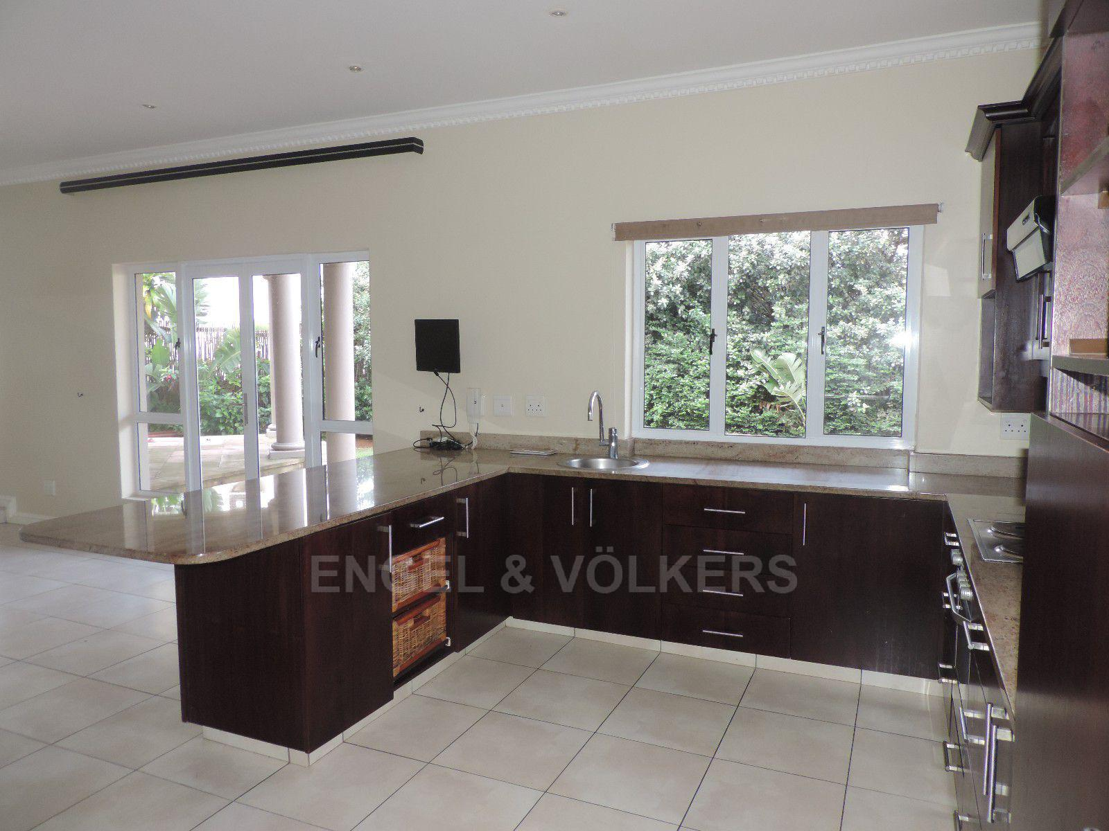 Umhlanga property for sale. Ref No: 13400674. Picture no 5