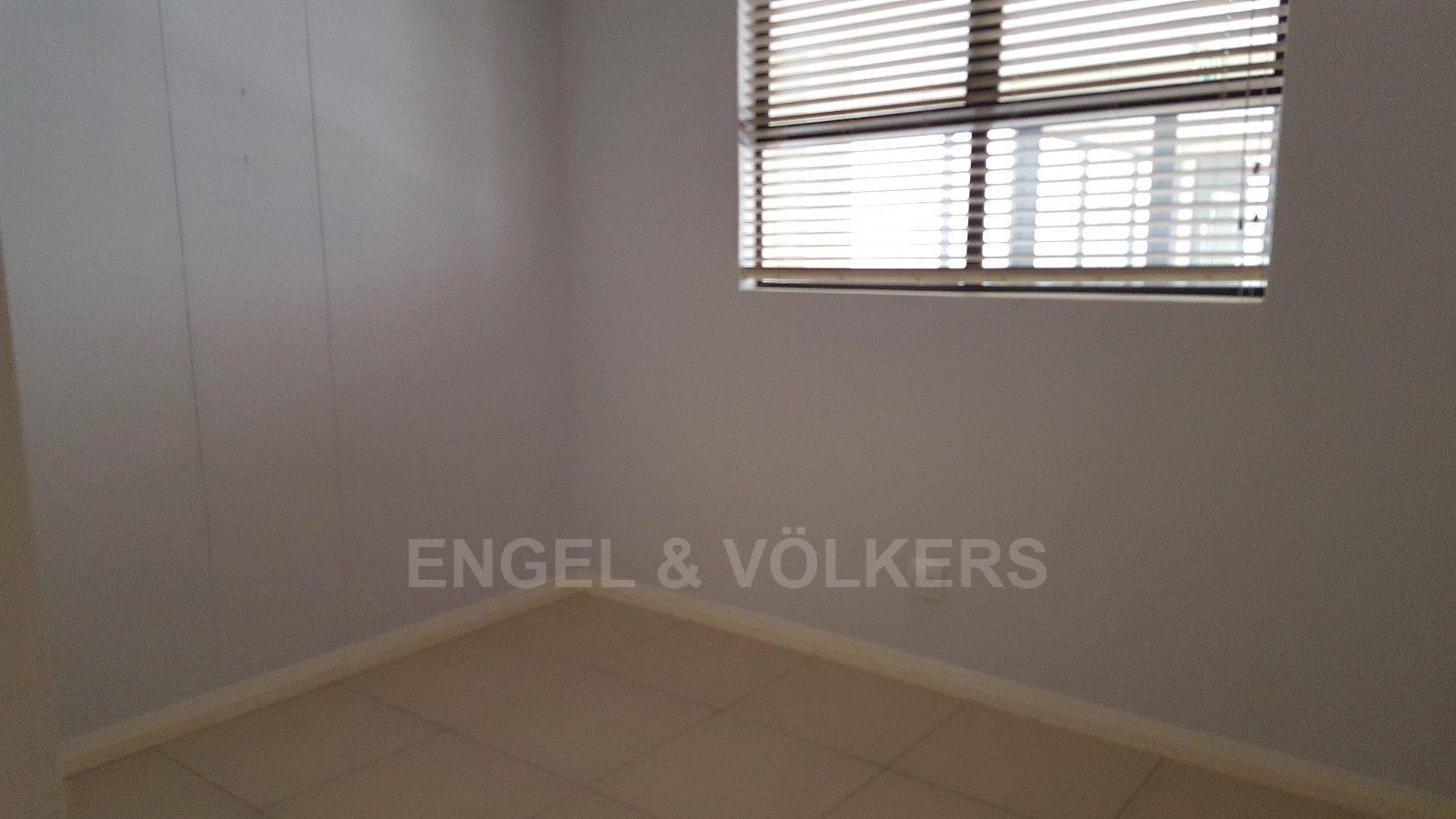 Umhlanga Rocks property for sale. Ref No: 13400359. Picture no 9
