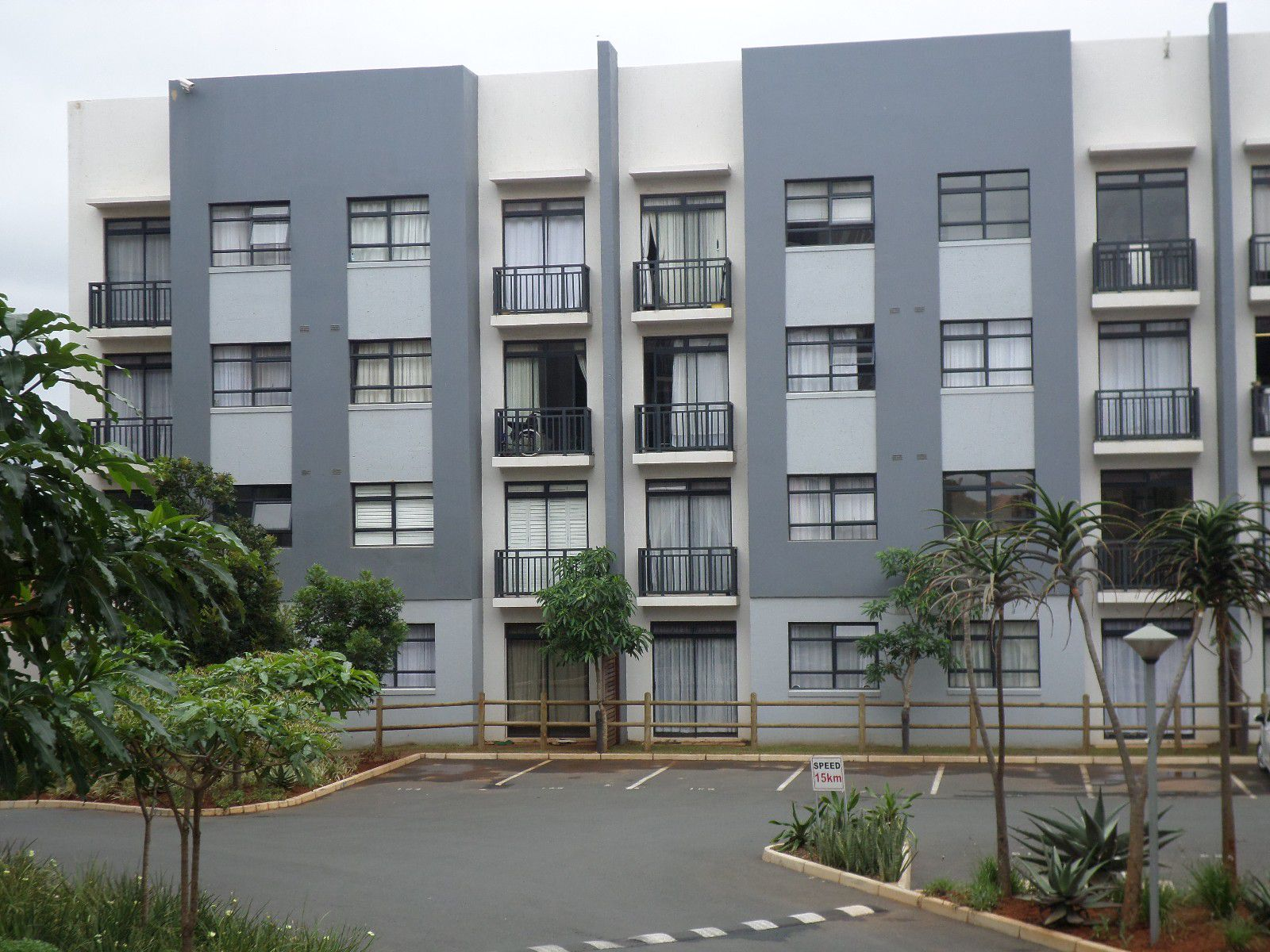 Umhlanga Ridge, New Town Centre Property    Houses For Sale New Town Centre, NEW TOWN CENTRE, Apartment 1 bedrooms property for sale Price:1,300,000