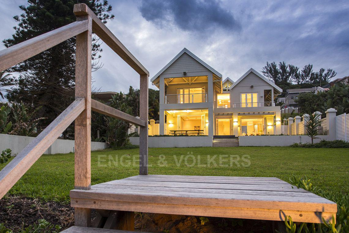 Salt Rock property for sale. Ref No: 13537395. Picture no 30