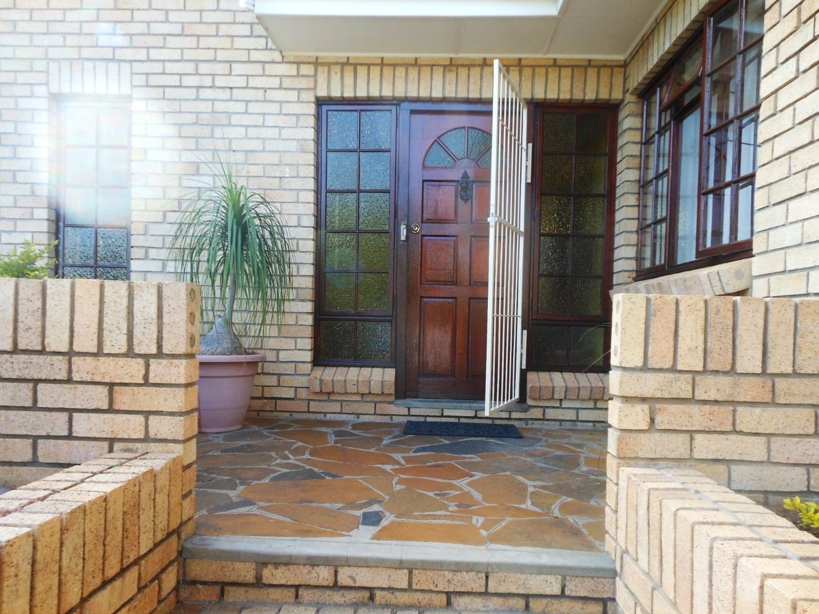 Gonubie property for sale. Ref No: 3185432. Picture no 2