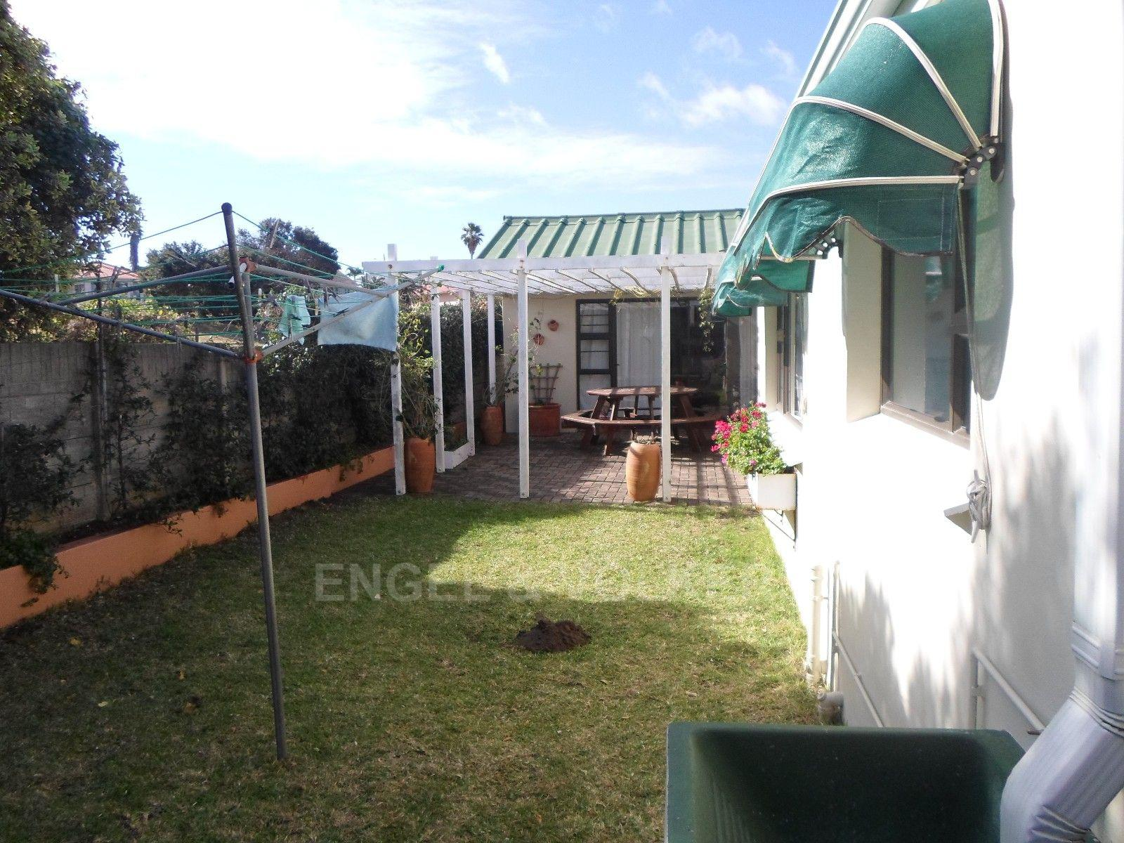 Gonubie property for sale. Ref No: 3202785. Picture no 25