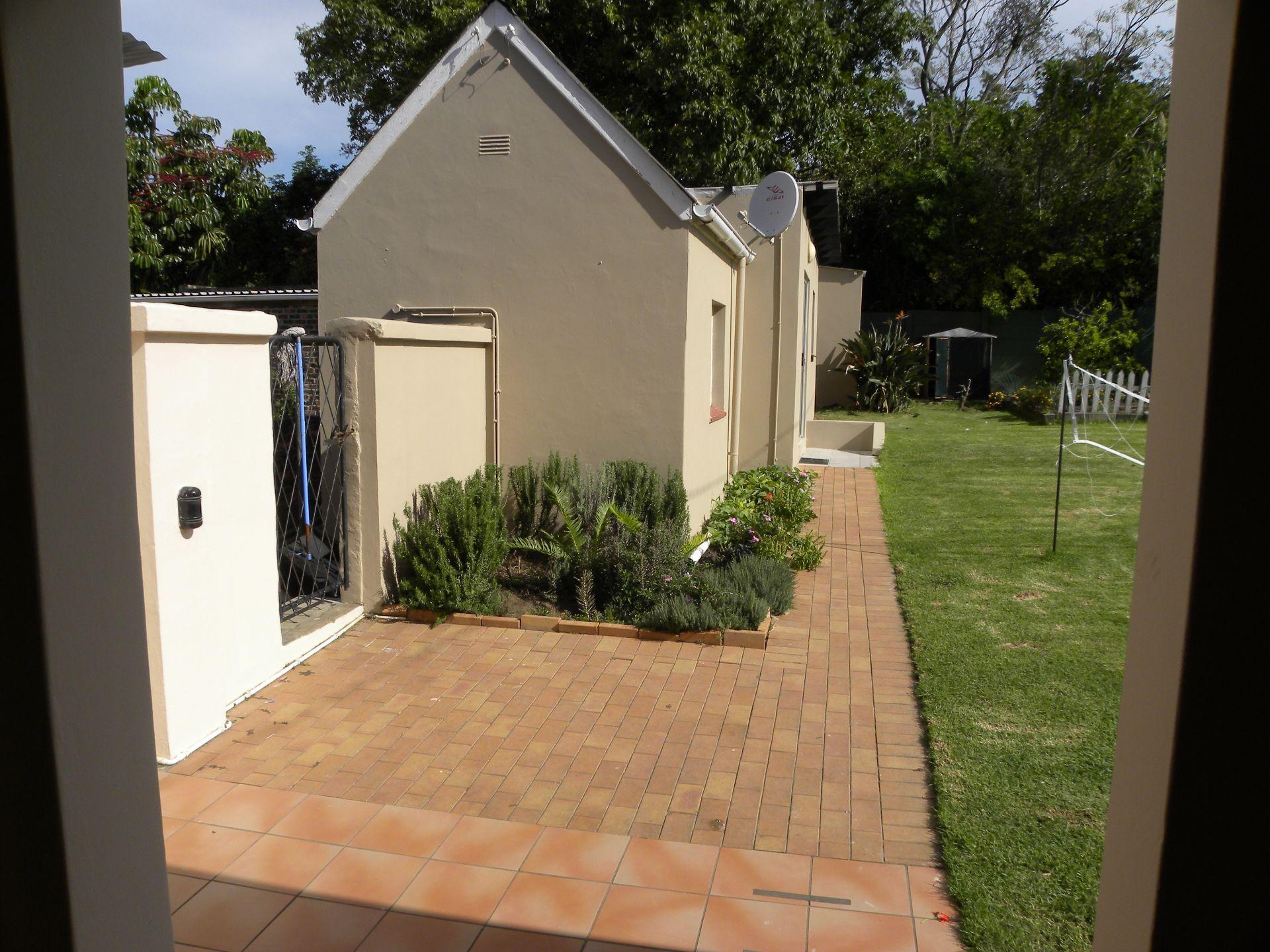 Bonnie Doone property for sale. Ref No: 13229687. Picture no 18