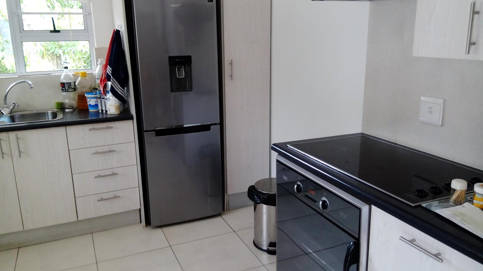 Beacon Bay property to rent. Ref No: 13433657. Picture no 4