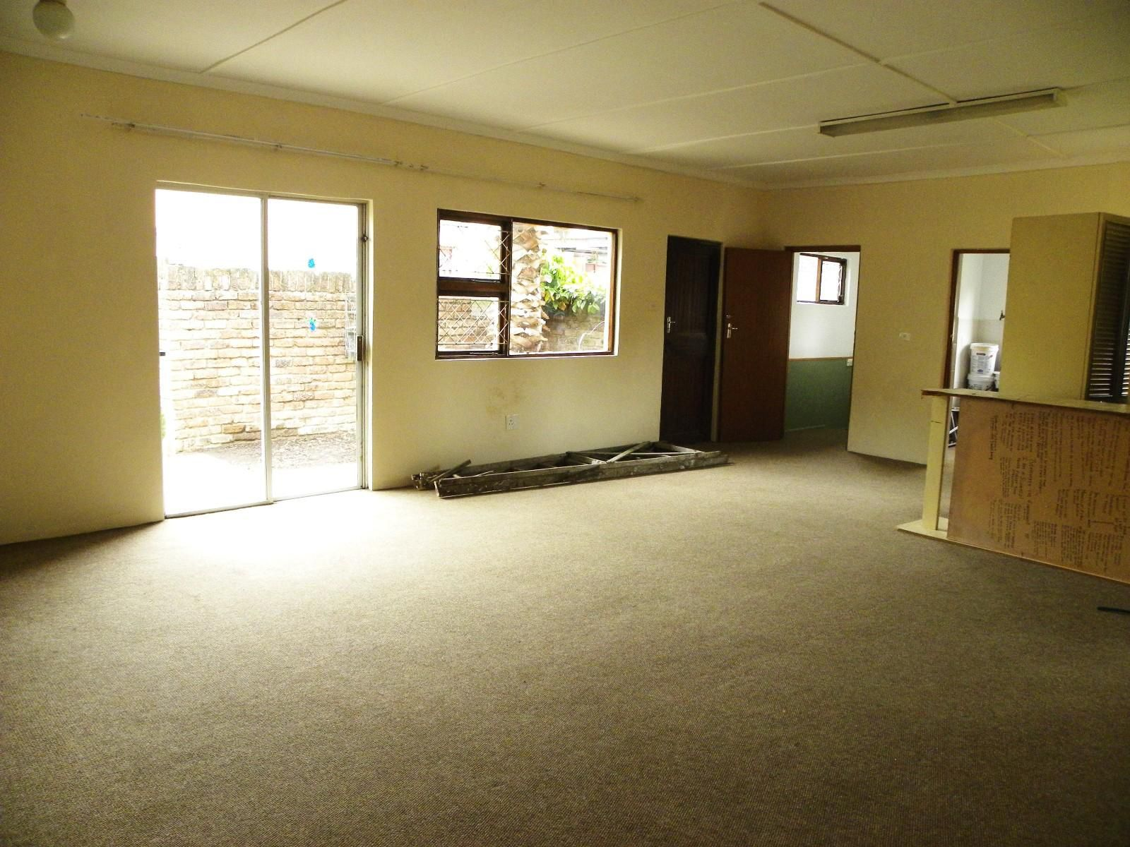 Nahoon property for sale. Ref No: 13537796. Picture no 6