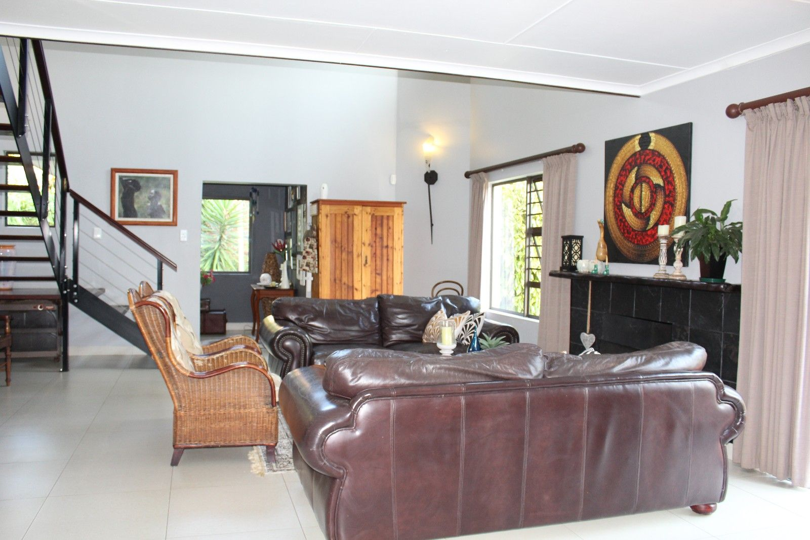 Stirling property for sale. Ref No: 13375447. Picture no 5
