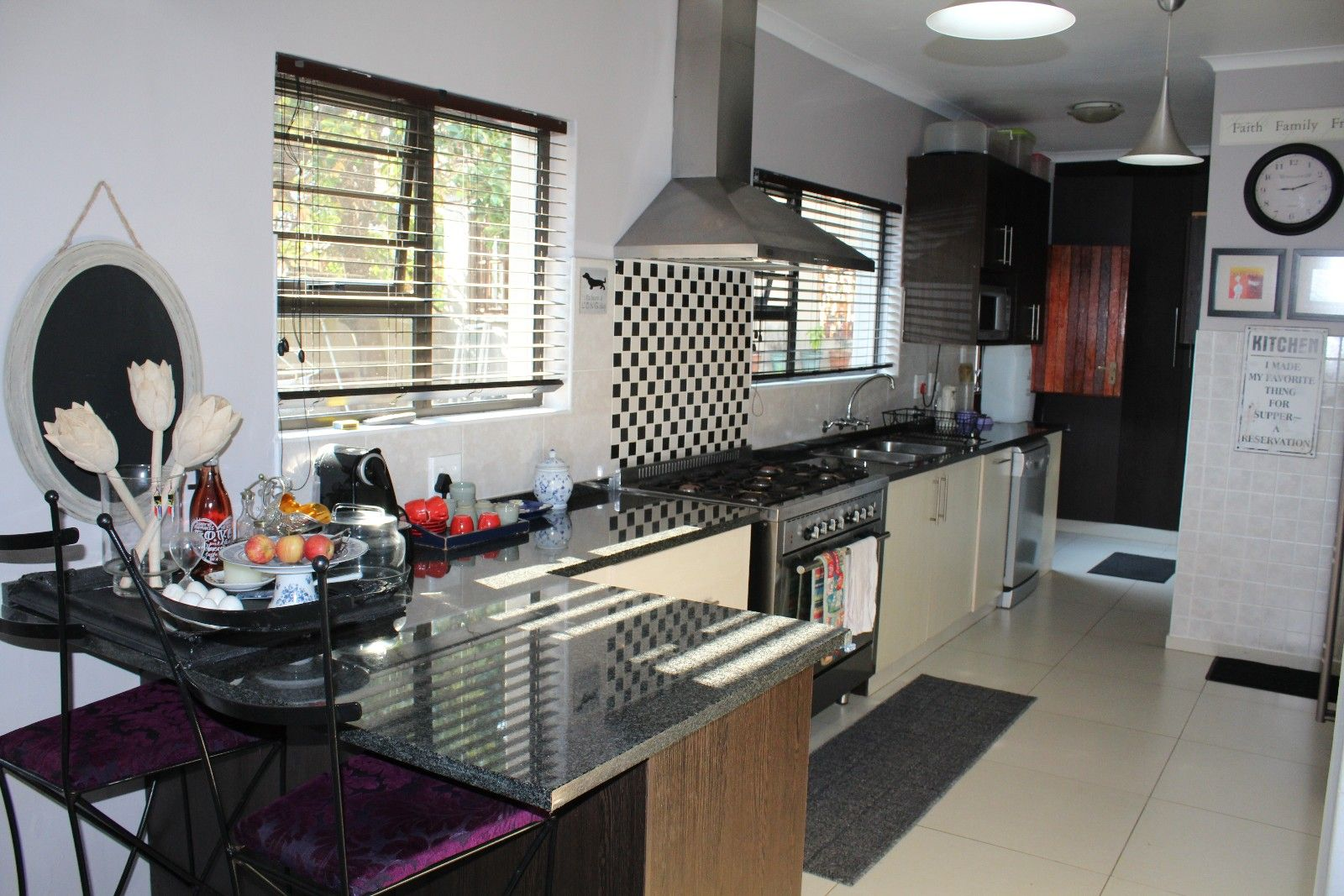 Stirling property for sale. Ref No: 13375447. Picture no 8