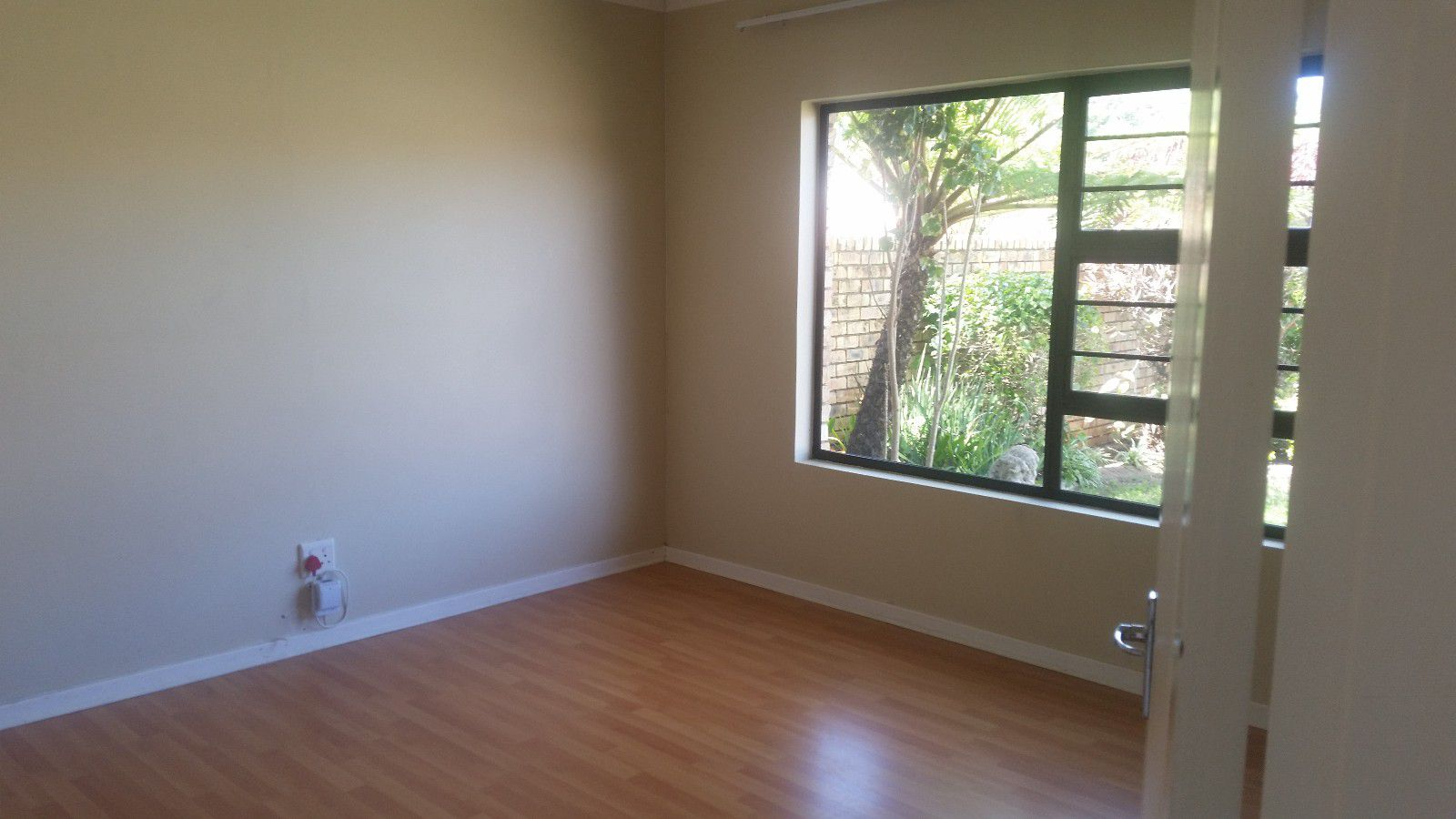 Blue Bend property to rent. Ref No: 13397069. Picture no 11
