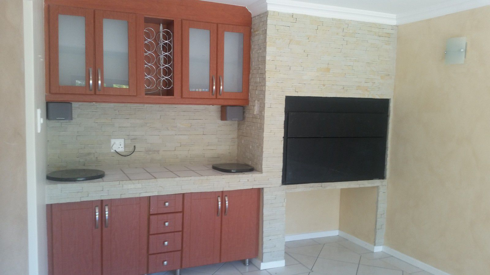 Blue Bend property to rent. Ref No: 13397069. Picture no 7