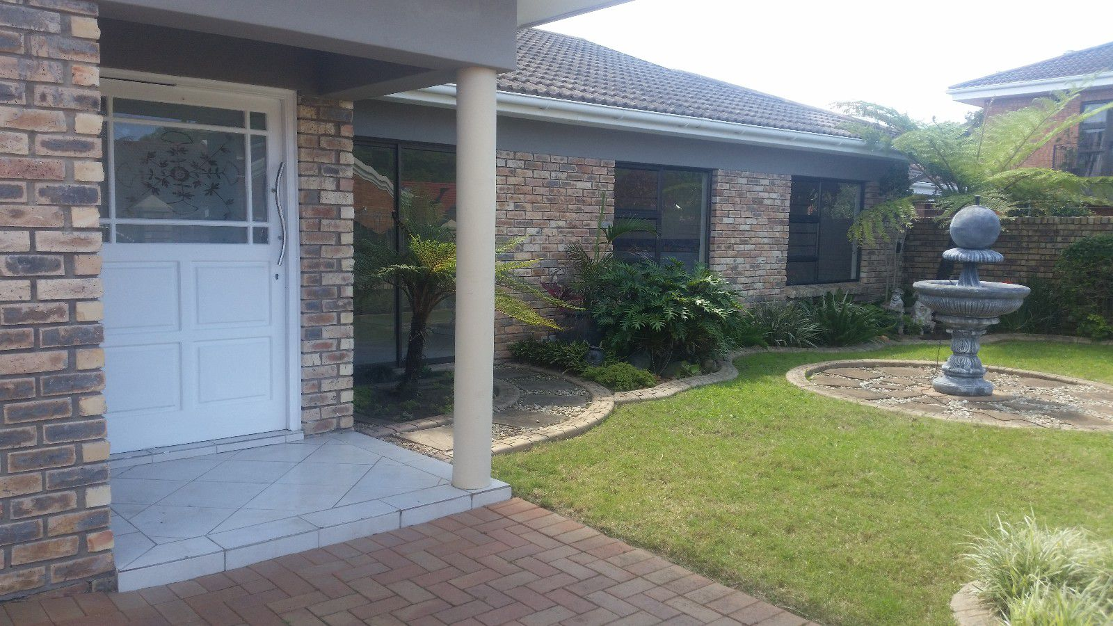 Blue Bend property to rent. Ref No: 13397069. Picture no 1