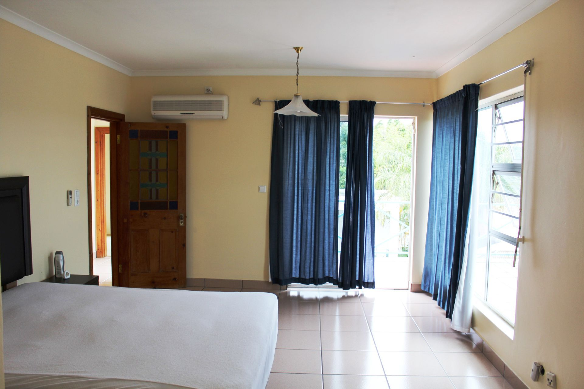 Vincent Heights property for sale. Ref No: 13459972. Picture no 20