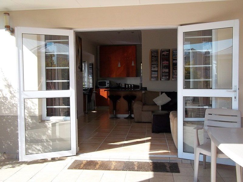 East London, Beacon Bay Property  | Houses To Rent Beacon Bay, BEACON BAY, Duplex 3 bedrooms property to rent Price:, 10,00*