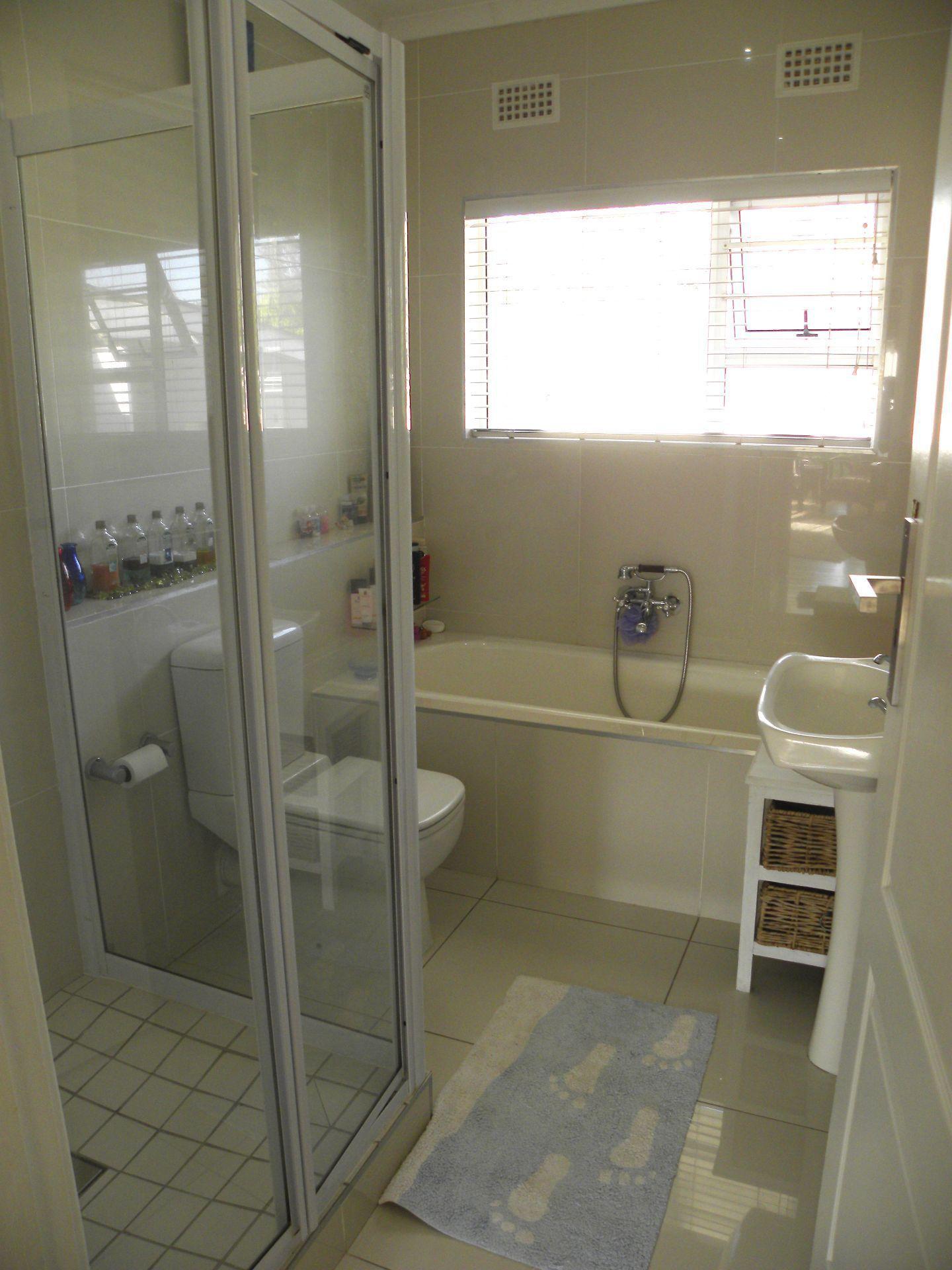 Bonnie Doone property for sale. Ref No: 13501808. Picture no 19