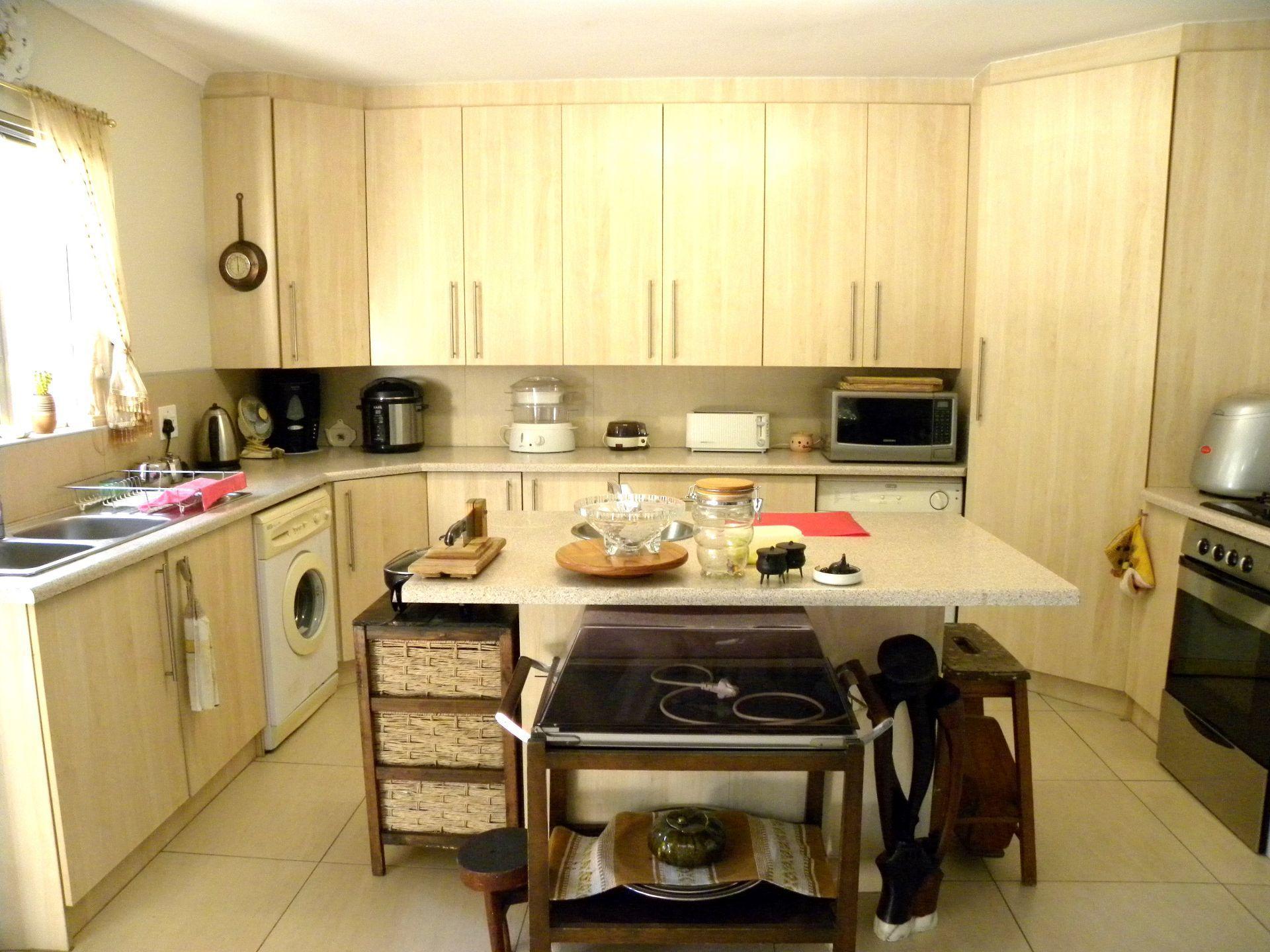 Bonnie Doone property for sale. Ref No: 13501808. Picture no 24
