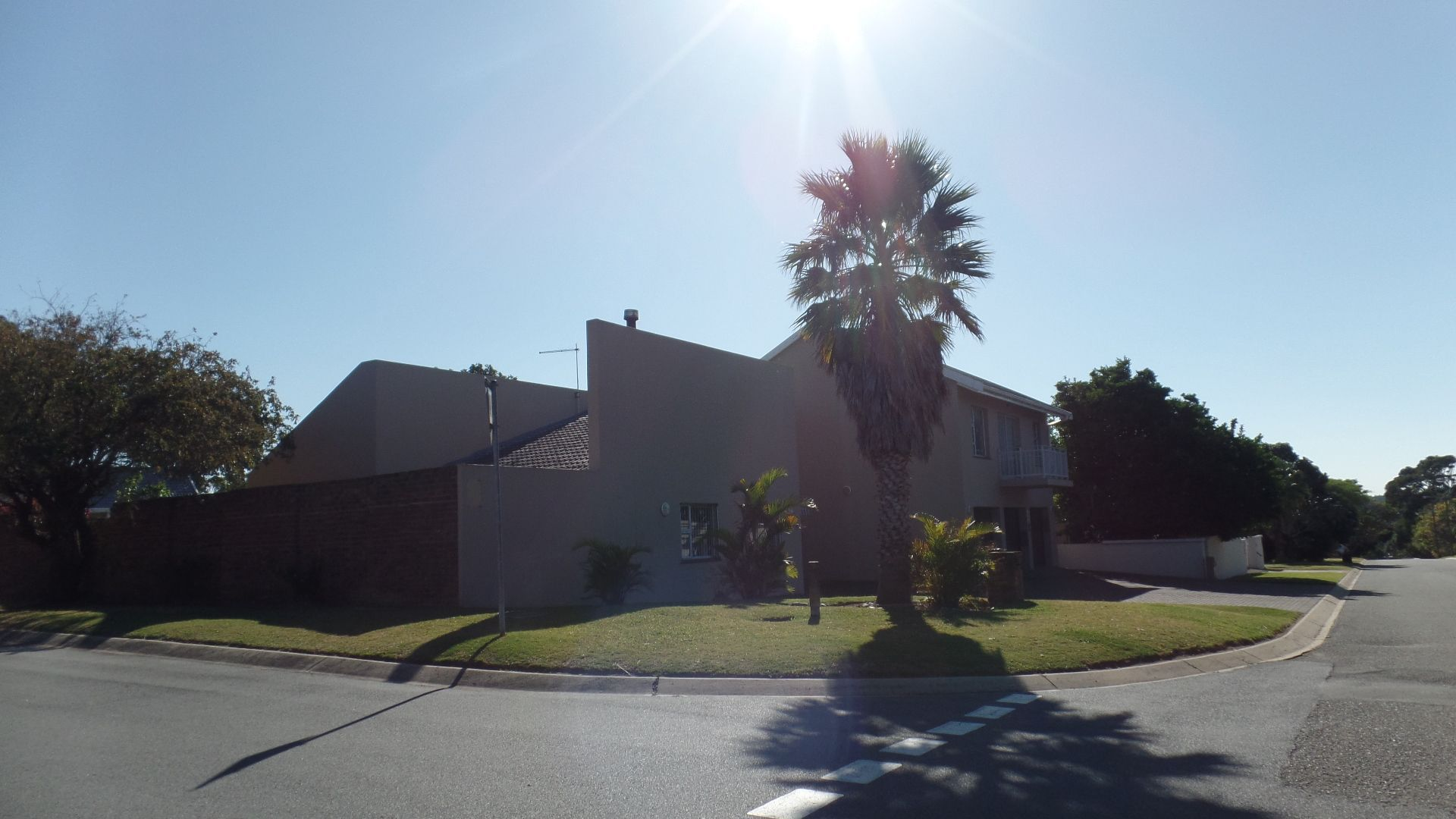 Bonza Bay property for sale. Ref No: 13502817. Picture no 3