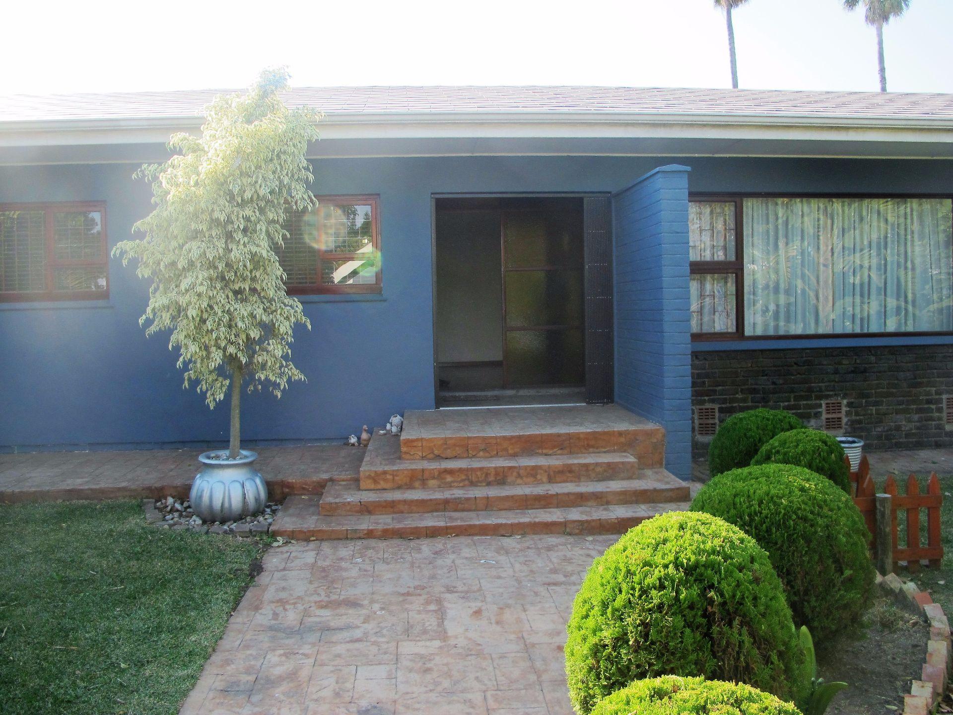 Selborne property for sale. Ref No: 13506256. Picture no 1