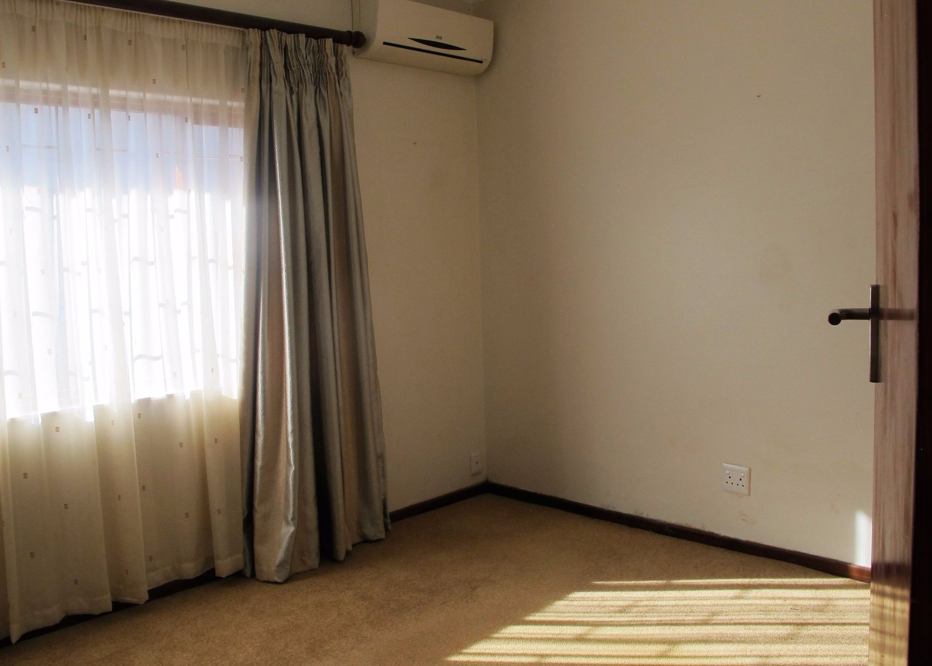 Selborne property for sale. Ref No: 13506256. Picture no 21