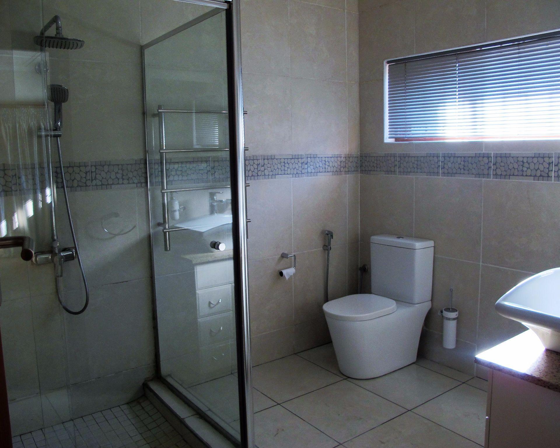 Selborne property for sale. Ref No: 13506256. Picture no 23