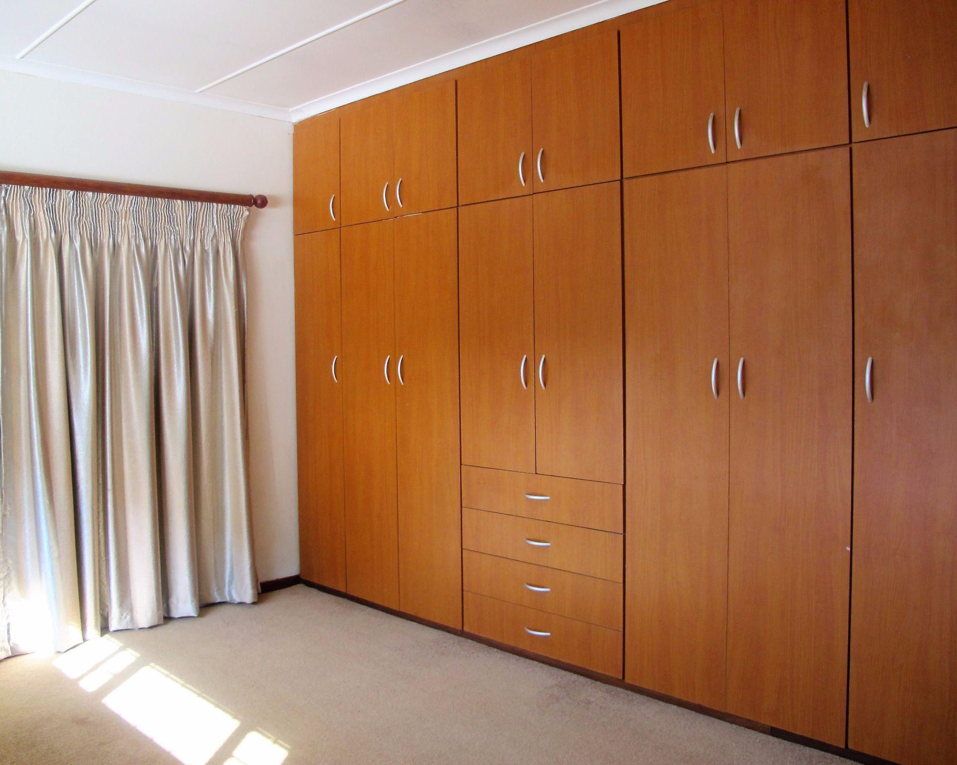 Selborne property for sale. Ref No: 13506256. Picture no 24