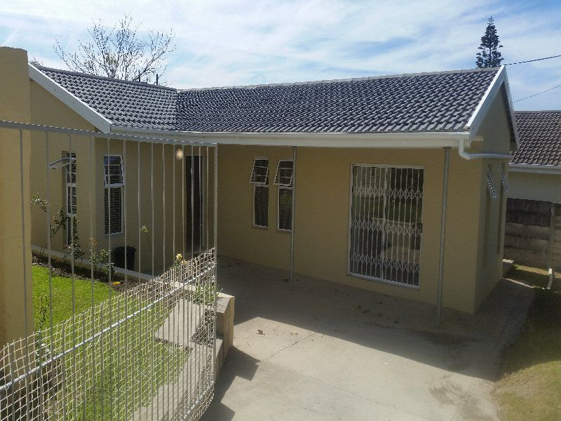 East London, Beacon Bay Property  | Houses To Rent Beacon Bay, BEACON BAY, House 2 bedrooms property to rent Price:,  8,00*