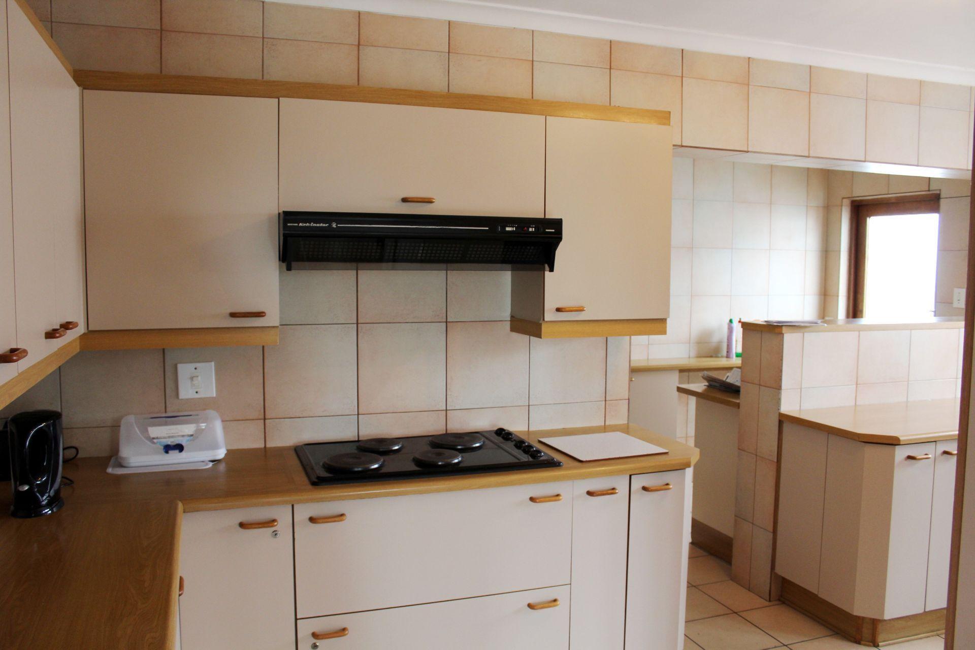 Vincent property to rent. Ref No: 13525750. Picture no 8
