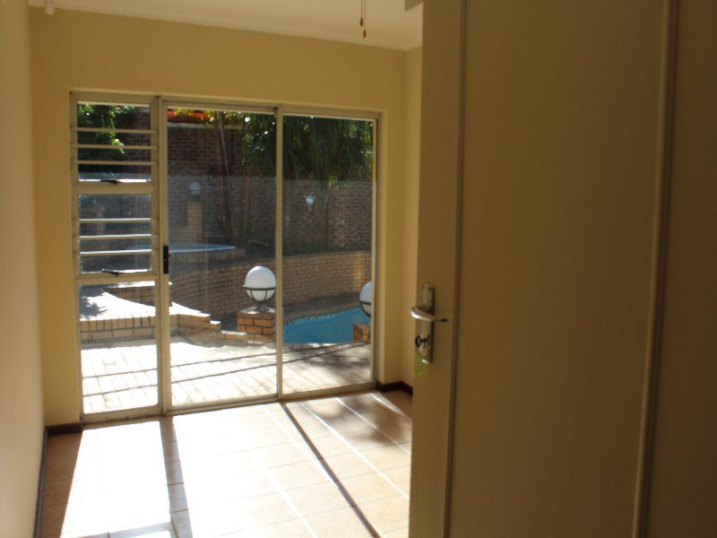 Beacon Bay property to rent. Ref No: 13525829. Picture no 3